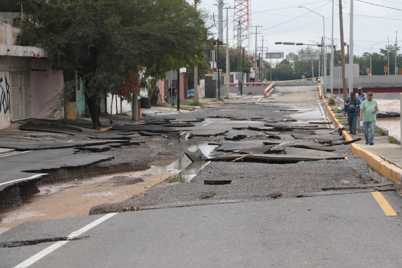 Vista este lunes del pavimento de una calle en Monterrey (México).