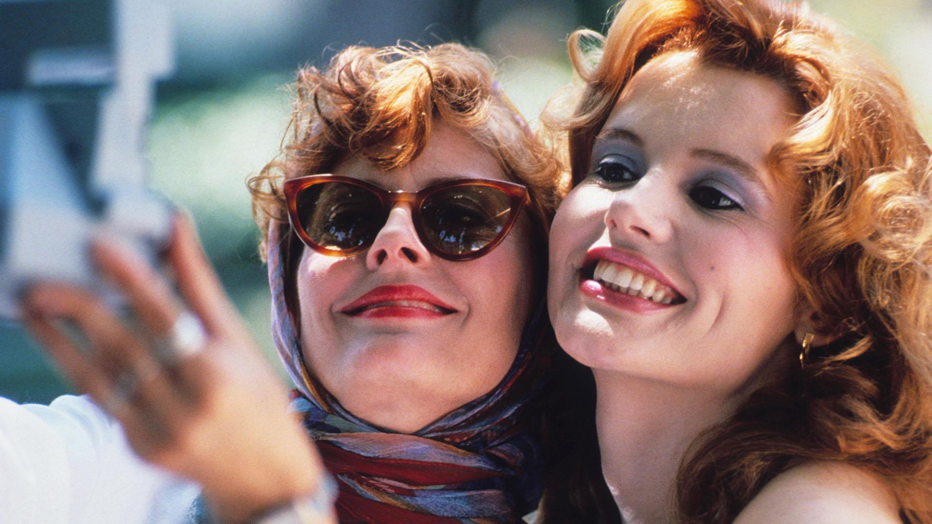 A 30 años del estreno de Thelma & Louise: la primera selfie del cine, una  guionista que debutaba y la lucha por las mujeres en la industria - Infobae