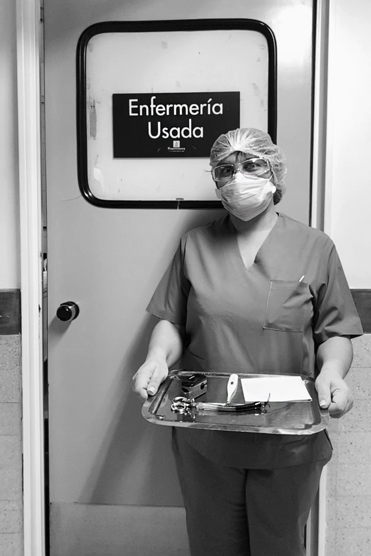 Karina Carducci, enfermera del Hospital Argerich atiende a pacientes de Covid-19