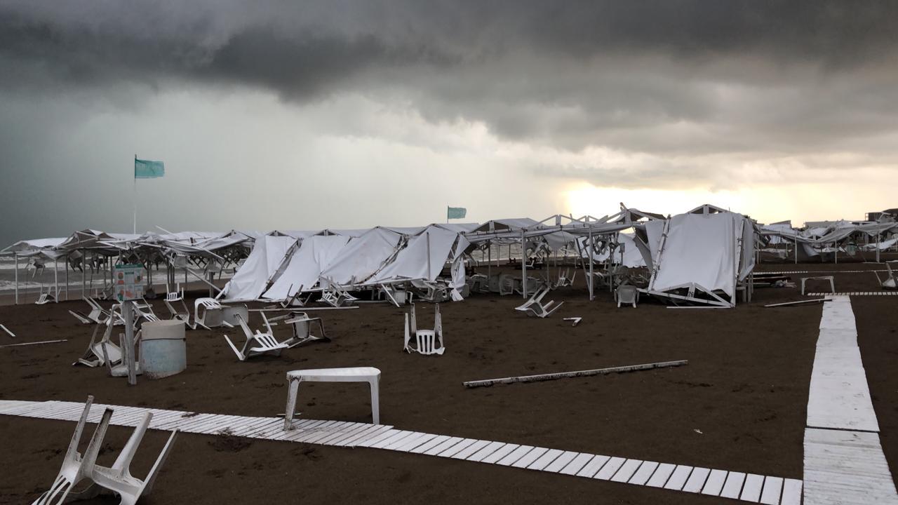 Muchos paradores comenzaron a reparar los daños este mismo jueves, y estimaron que los arreglos estarán listos para el viernes, que se pronostica buen tiempo