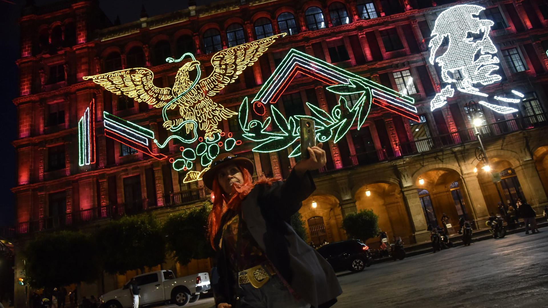 Destacó el Águila Juarista, símbolo nacional a partir de la restauración de la república y la lucha invasión dirigida por los liberales (Foto: Cuartoscuro)