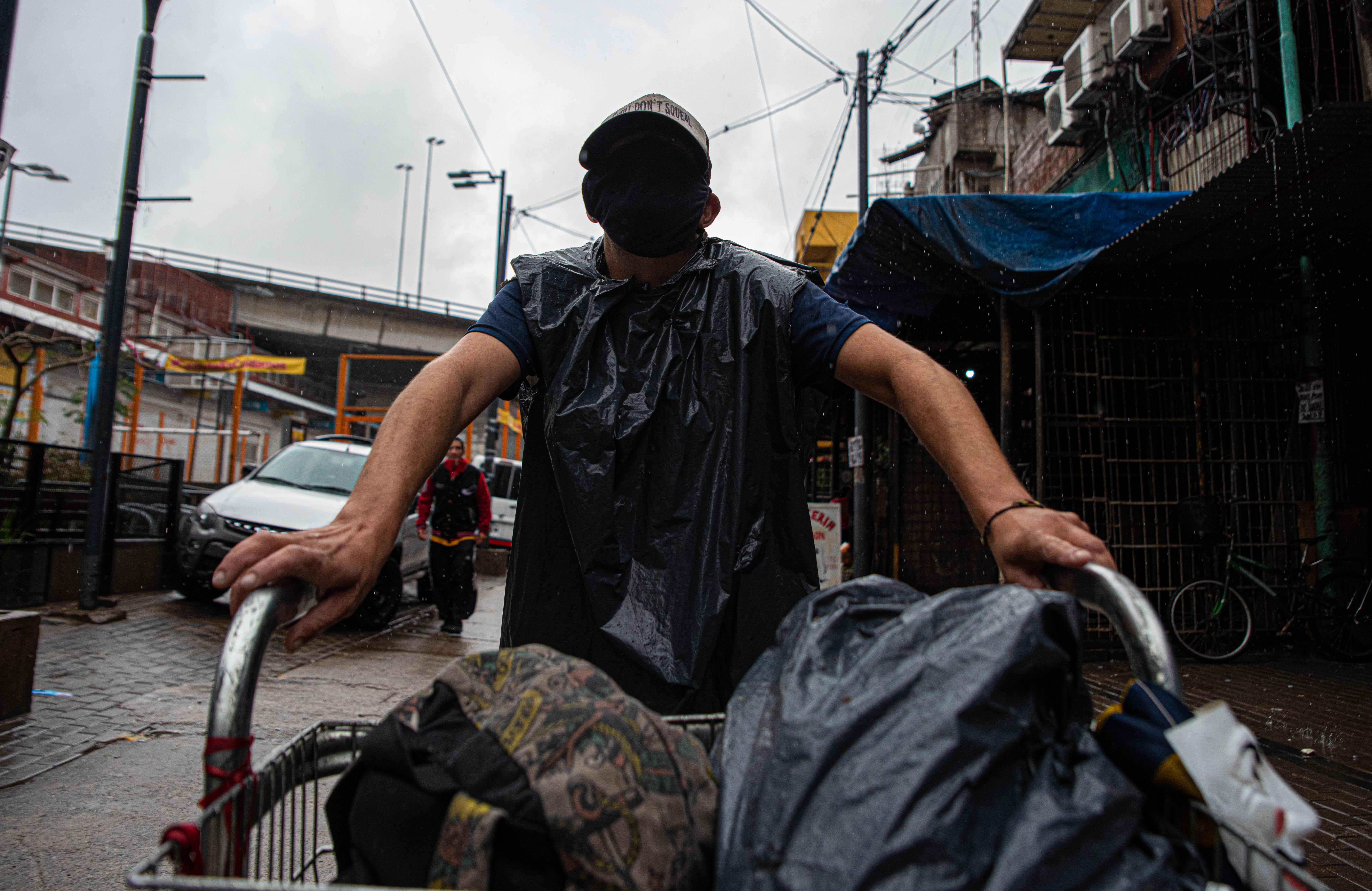 Además de los paradores del gobierno de la Ciudad, existen otros refugios para personas en situación de calle, administrados por organizaciones no gubernamentales