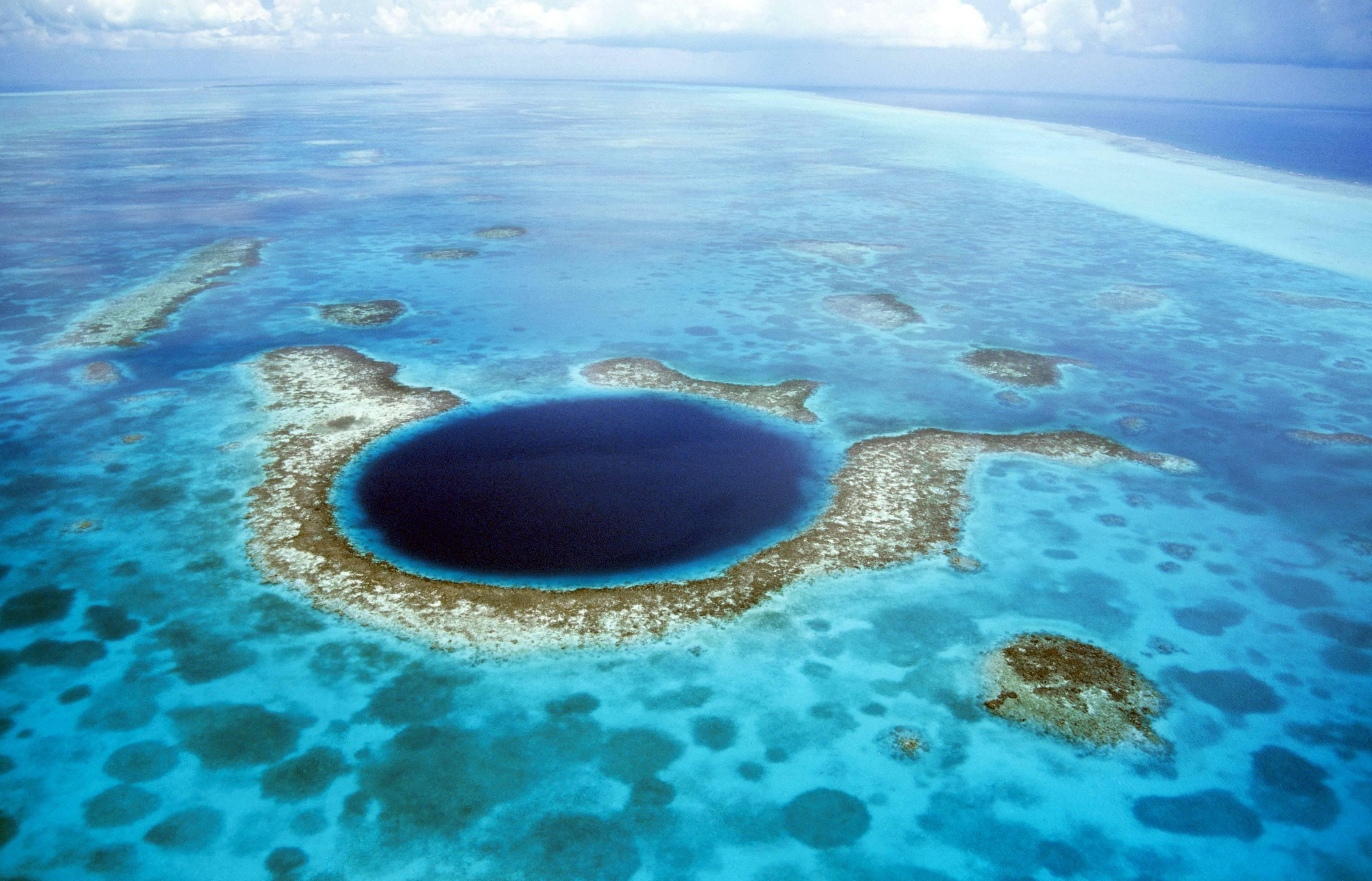 El país caribeño obtiene el 14.95% de su PIB del turismo. Ha visto 22 casos de coronavirus, y el aeropuerto internacional del país está cerrado, y su industria de cruceros también está suspendida. Su aeropuerto podría abrir a partir del 1 de julio
