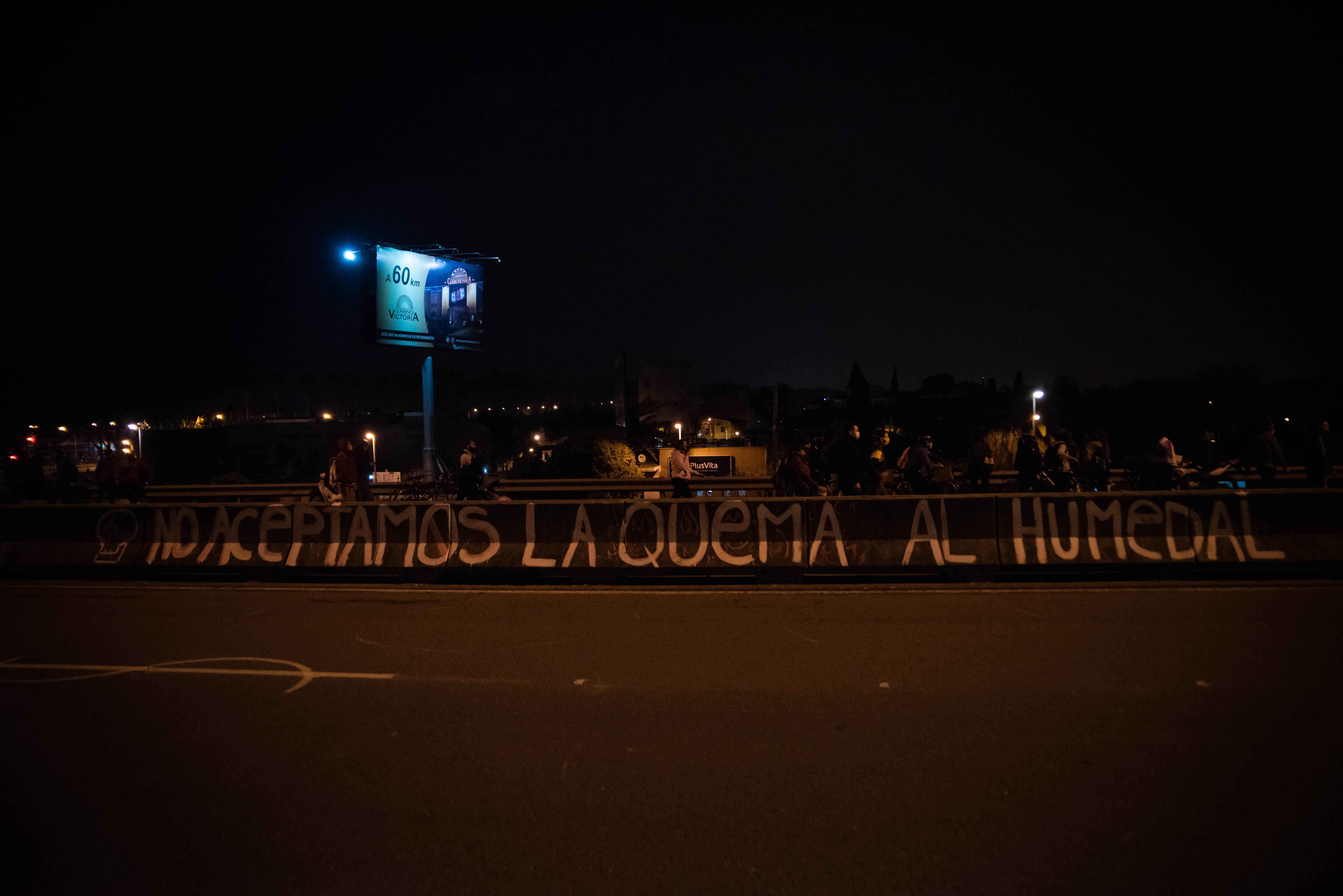 Las protestas se repetirán en los próximos días y los ecologistas le llevarán un petitorio a los concejales de Rosario