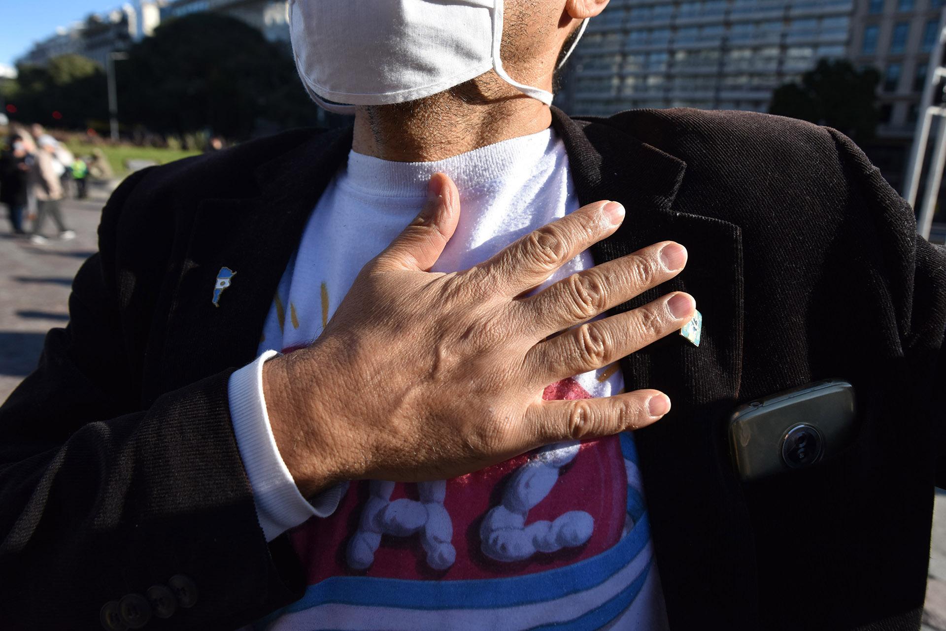 Todos los manifestantes llevaron sus barbijos. En algunos casos también utilizaron máscaras y lentes
