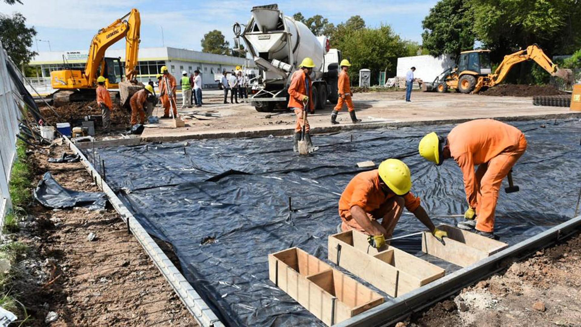 El Gobierno avanzó con un programa de obra pública que buscará ...