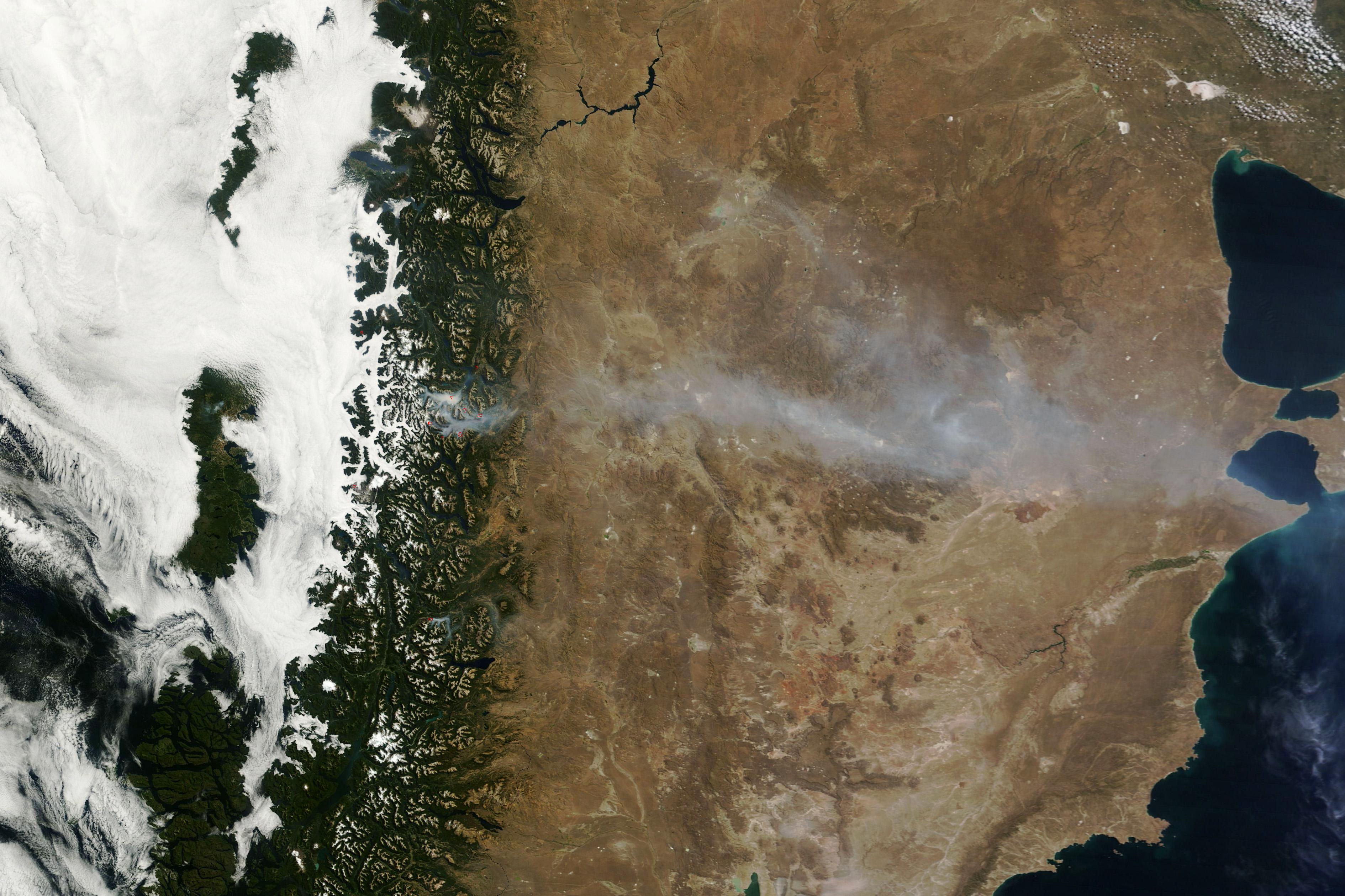 Incendio forestal en el sur de Argentina