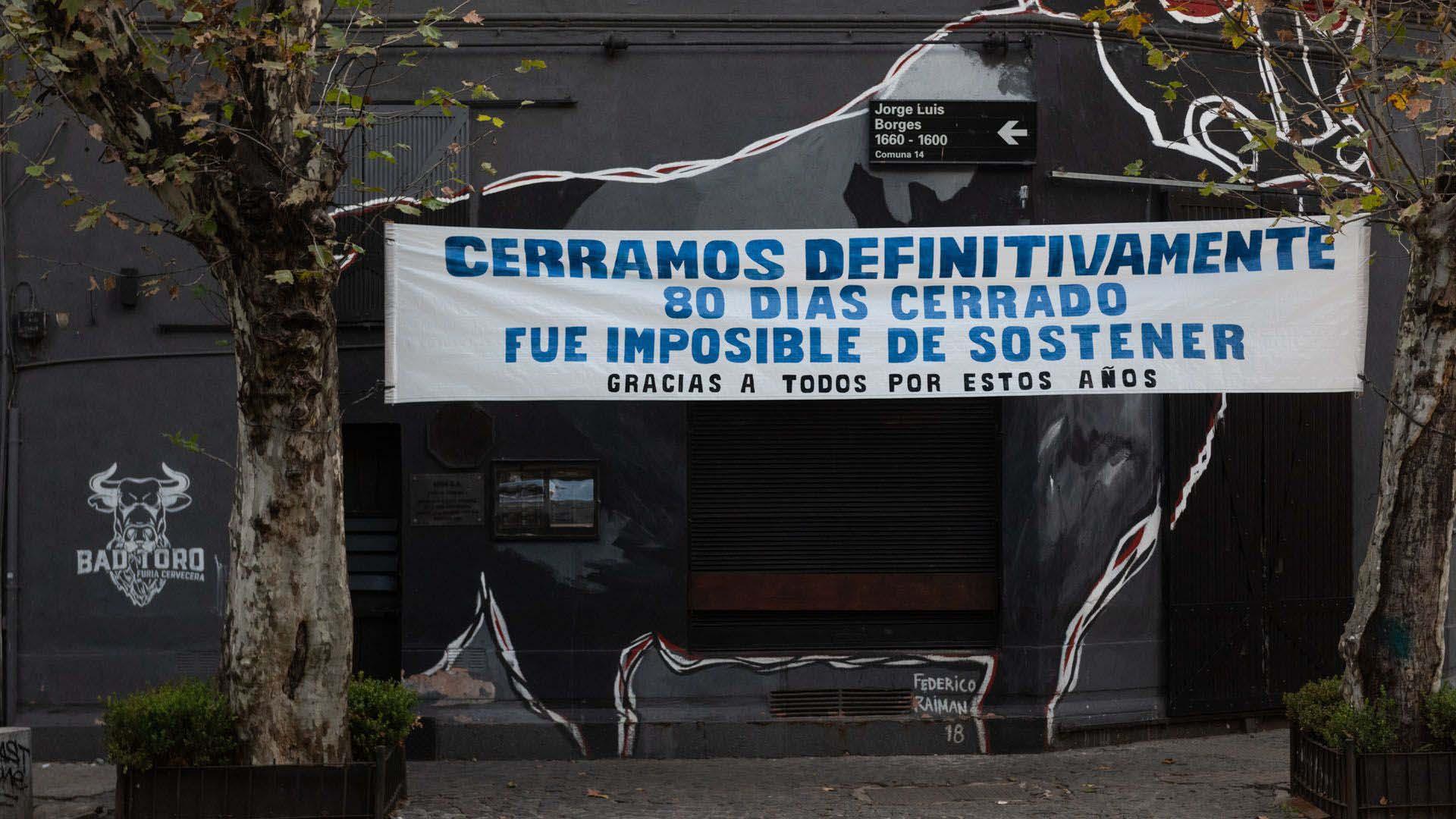Según la Confederación Argentina de la Mediana Empresa (CAME), 90 mil comercios cerraron por la extensa cuarentena que impuso el gobierno nacional