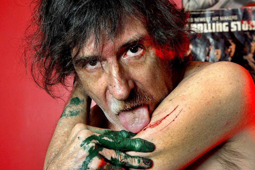 Charly en el 2007, lamiendo las heridas. Al comienzo de esa década reunió a Sui Géneris con un disco y un recital en el estadio de Boca Juniors