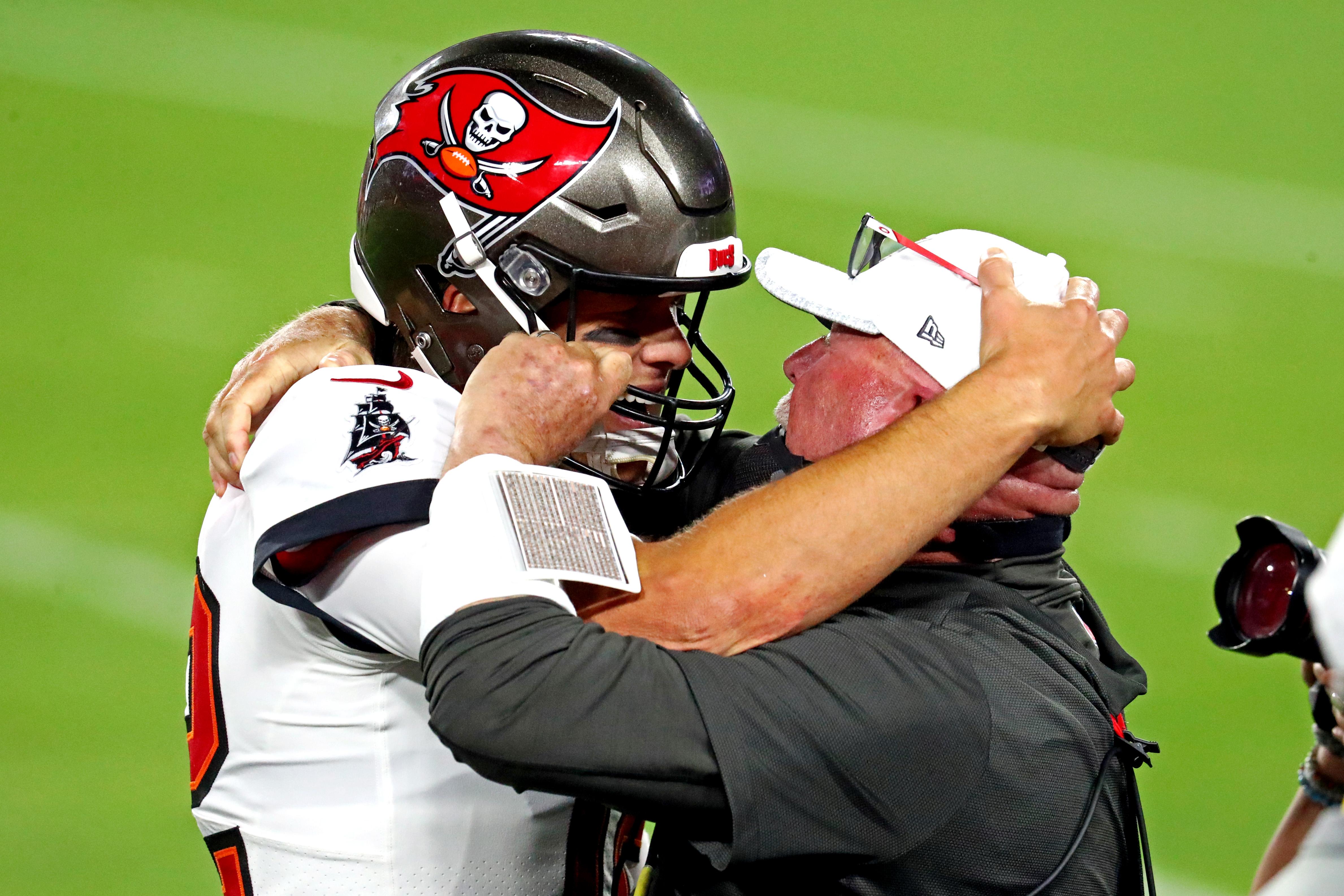 Tom Brady y el coach Bruce Arians tienen su final feliz