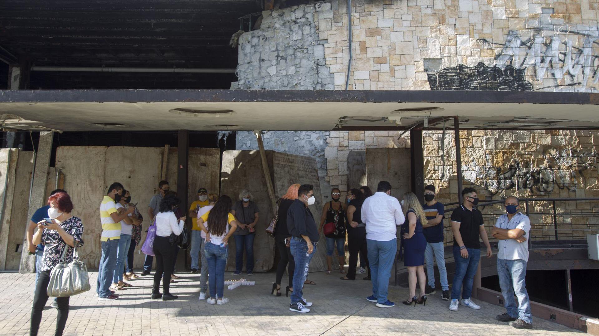 Grupos de familiares se dieron cita para conmemorar el 9 aniversario del fatídico hecho (Foto: Cuartoscuro)
