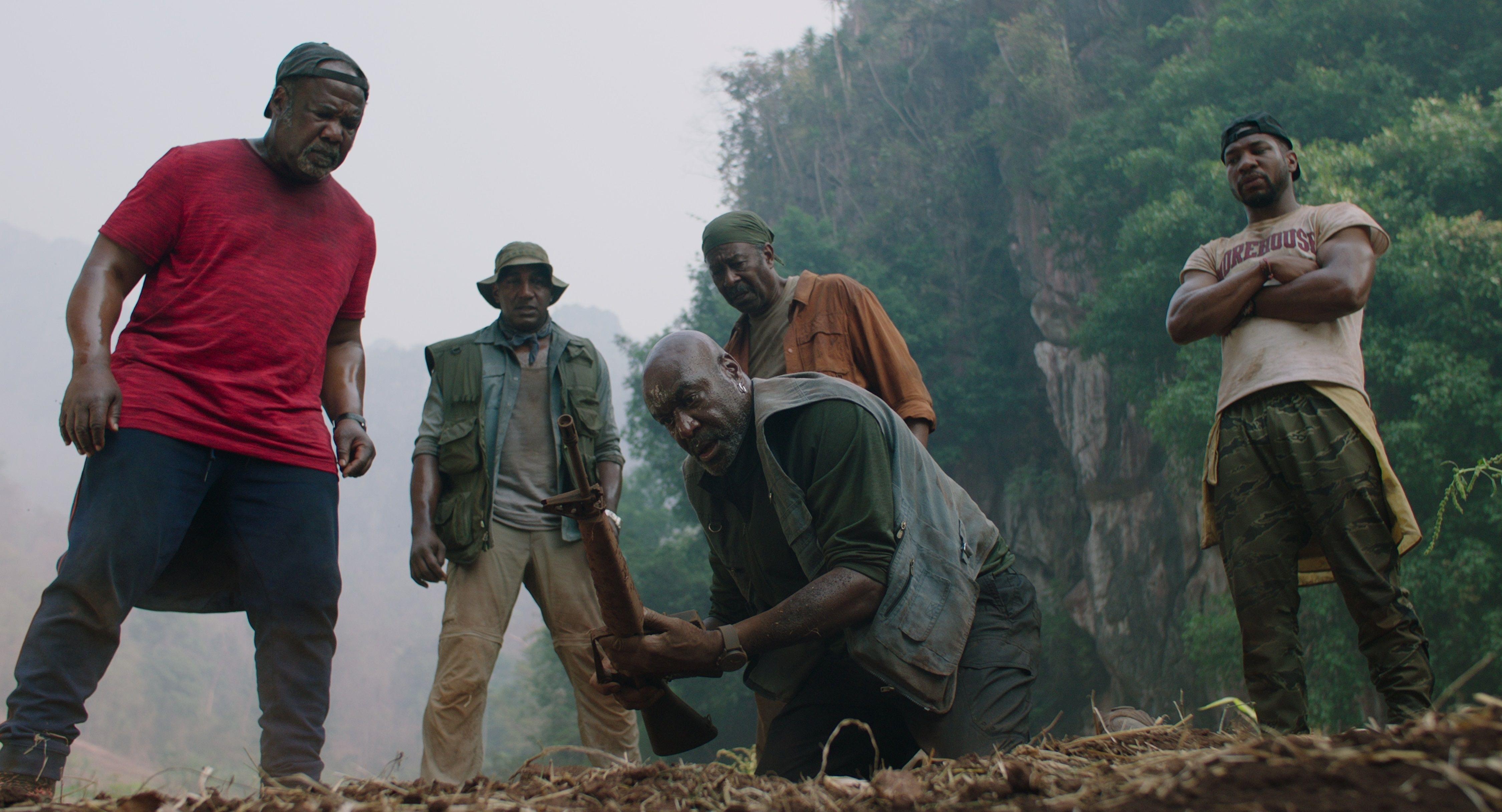 """Delroy Lindo vuelve con Spike Lee: Que maten a negros es casi """"una  tradición"""" - Infobae"""