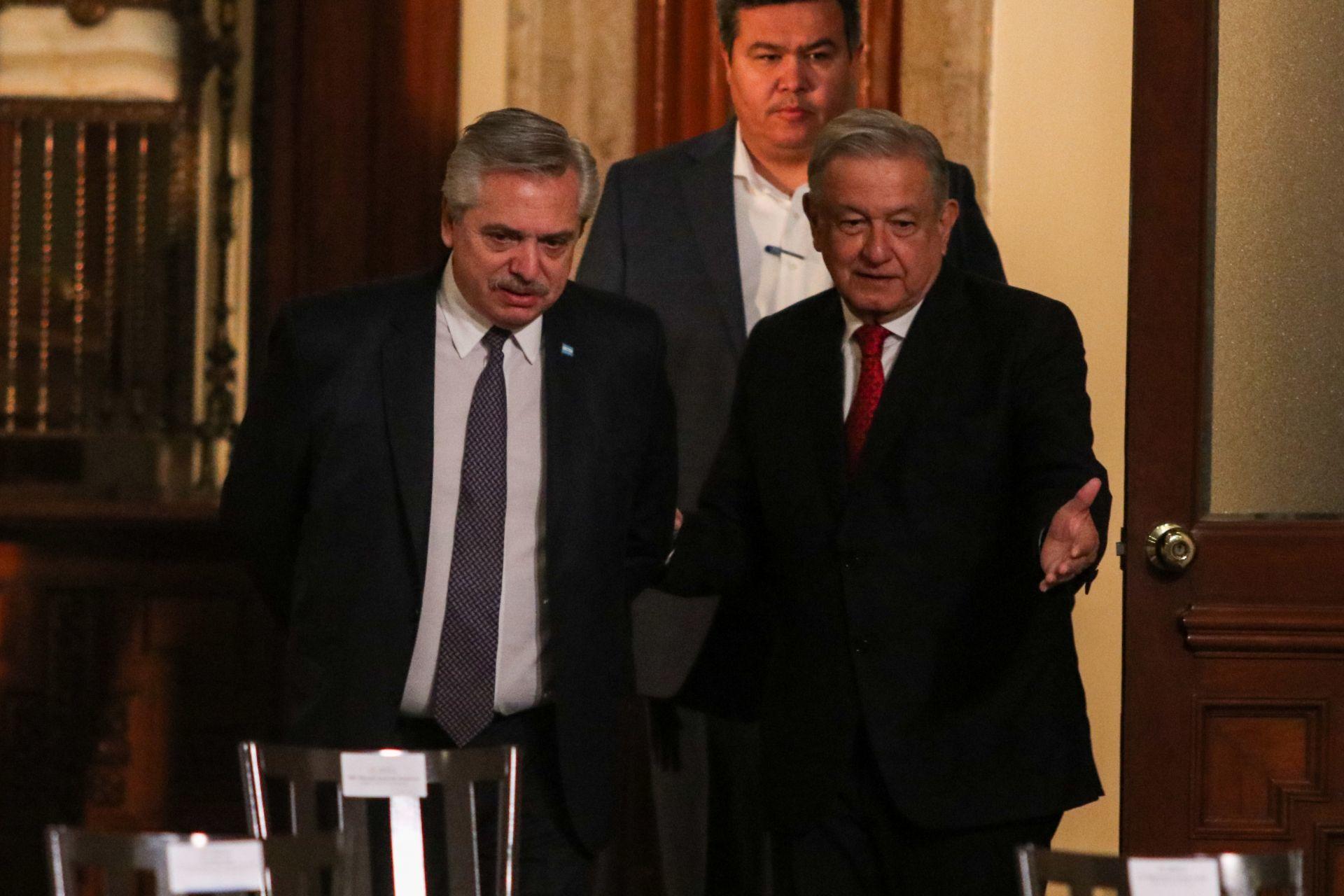 Como parte de su visita de trabajo, el presidente de Argentina Alberto Fernández participó en la conferencia matutina del presidente Andrés Manuel López Obrador que como cada martes se dedica al informe sobre el avance ante la pandemia por Covid-19.
