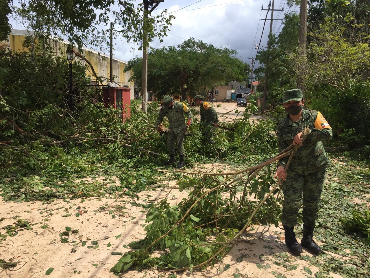 El Ejército Mexicano aplica el Plan DN-III-E, en sus Fases de PREVENCIÓN y AUXILIO en apoyo a la sociedad civil.
