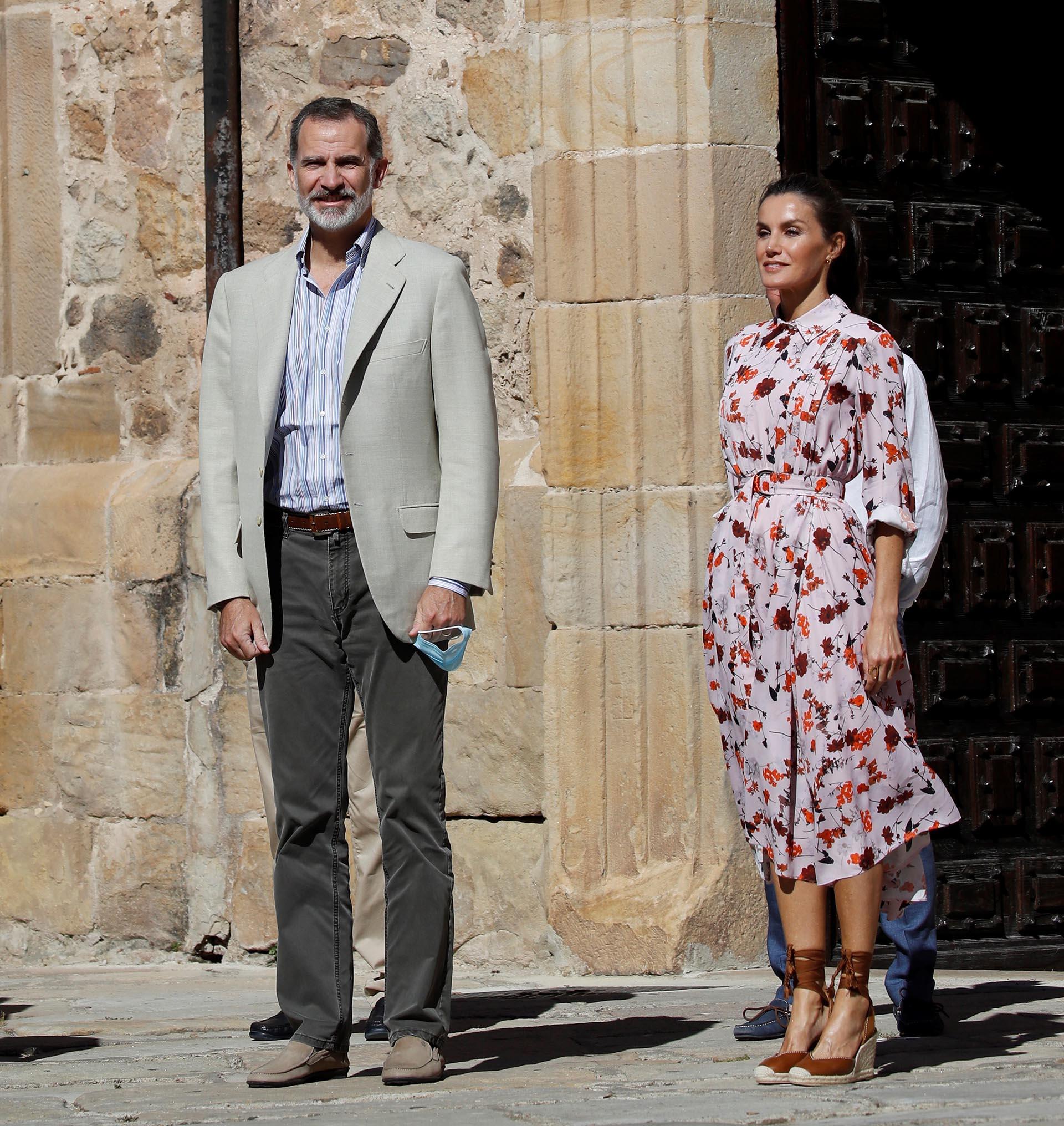 La presencia del rey Felipe VI en Soria: su primera visita a esta provincia, desde su proclamación en junio de 2014. La plataforma Soria ¡Ya! convocó a los vecinos para que luzcan pancartas, banderas y camisetas, para reivindicar las demandas de la provincia, que tiene la menor densidad poblacional de todas las localidades de ese país
