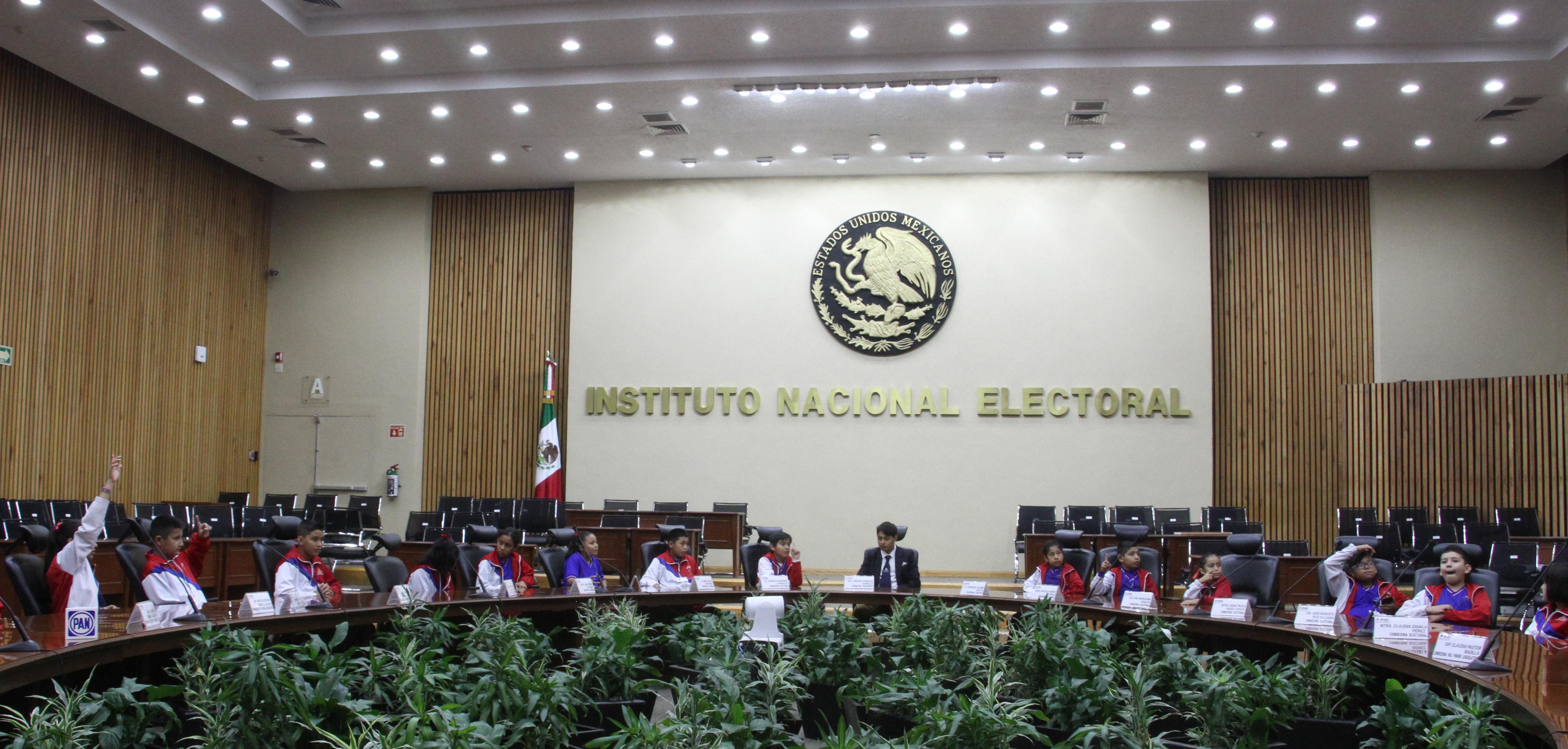 Uno de los primeros en reaccionar fue el INE, uno de los principales inconformes con la Ley Bonilla (Foto: Rogelio Morales/ Cuartoscuro)