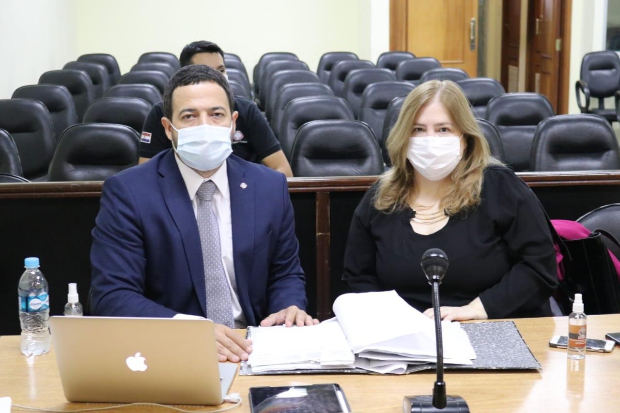 La Nación / Juicio a OGD y su hijo: Fiscalía desistió de testigos que ya  fallecieron