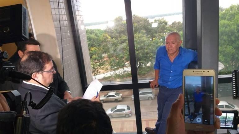 El presidente Mario Abdo Benítez solicitó la copia de todas sus documentaciones para analizar su caso personalmente. Foto: Gentileza.
