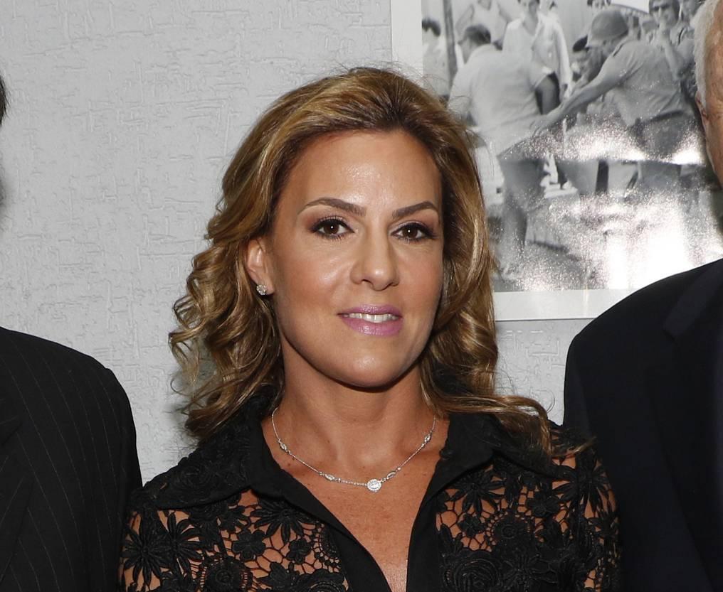 La directora del diario Abc Color fue querellada por la ex viceministra de Tributación Marta González.