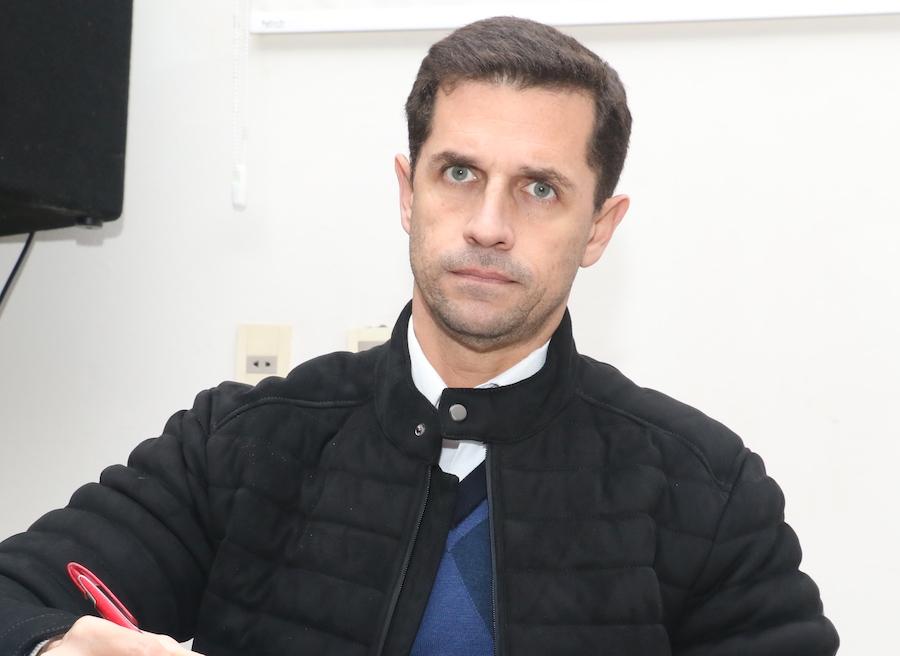 Raúl Silva, secretario del comité de la EBY, fue pieza clave en la licitación amañada de Salud. Foto: Archivo