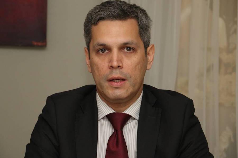 el viceministro de Economía, Humberto Colmán.