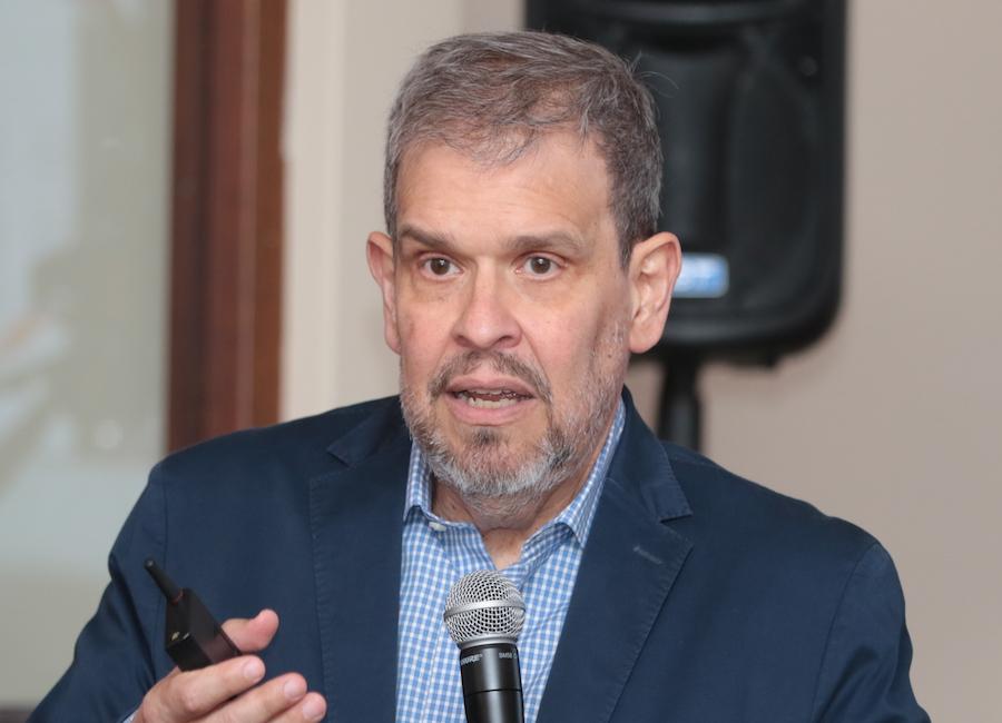 Manuel Ferreira.