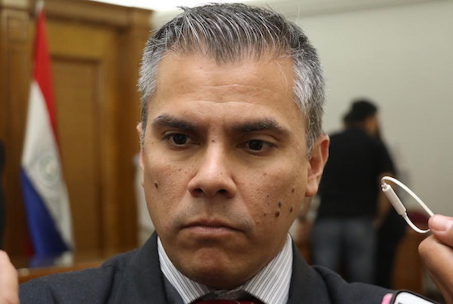 Eduardo González, ANR.