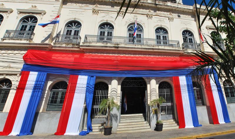 La senadora Lilian Samaniego denunció el concurso que se lleva a cabo anualmente en el Ministerio de Relaciones Exteriores para la carrera diplomática. Foto: Archivo.