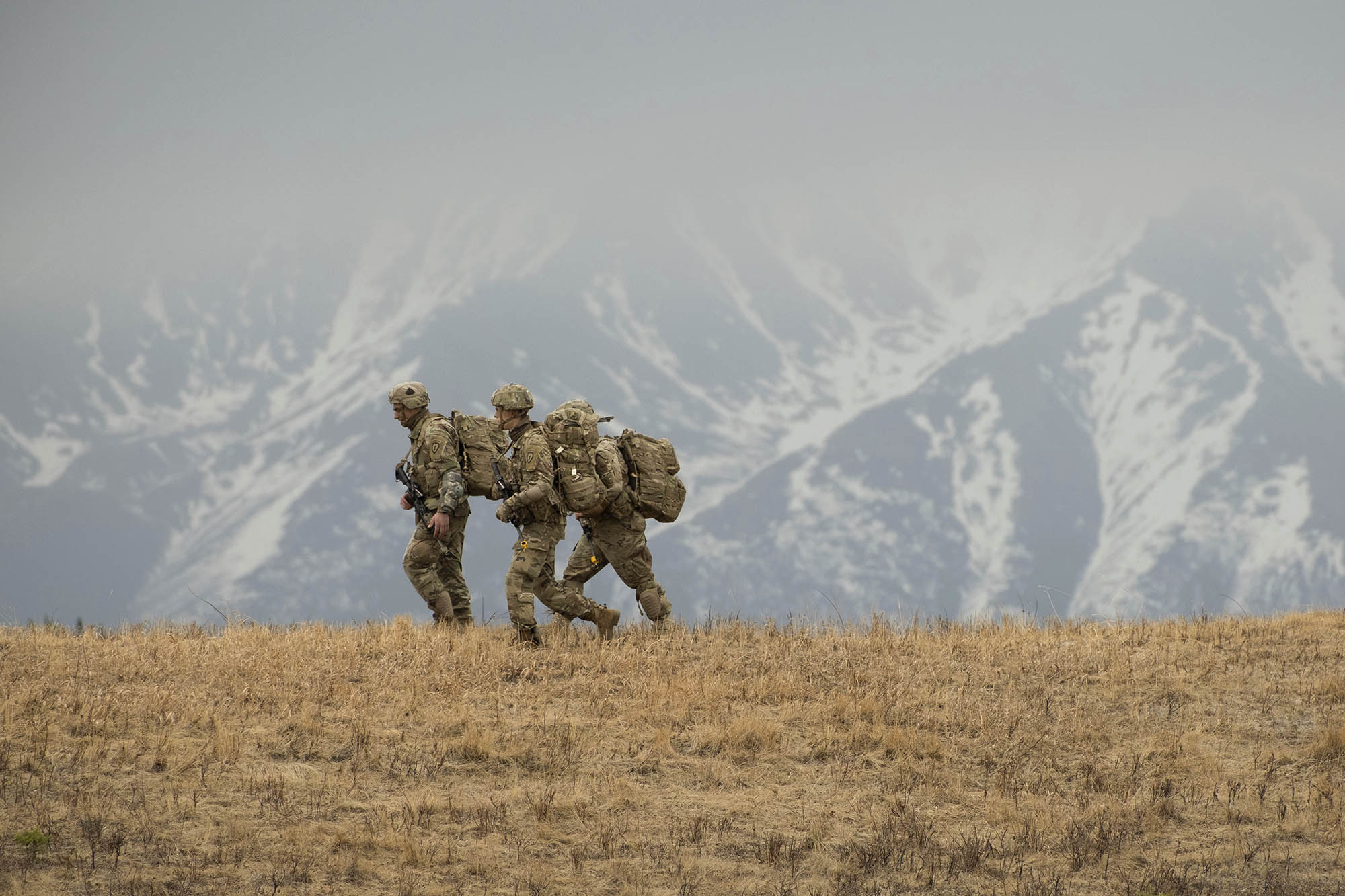 The 4th Brigade Combat Team (Airborne), 25th Infantry Division, U.S. Army Alaska, conduct a Joint Forcible Entry Operation into Allen Army Airfield during exercise Northern Edge 21. (Benjamin Wilson/Army)