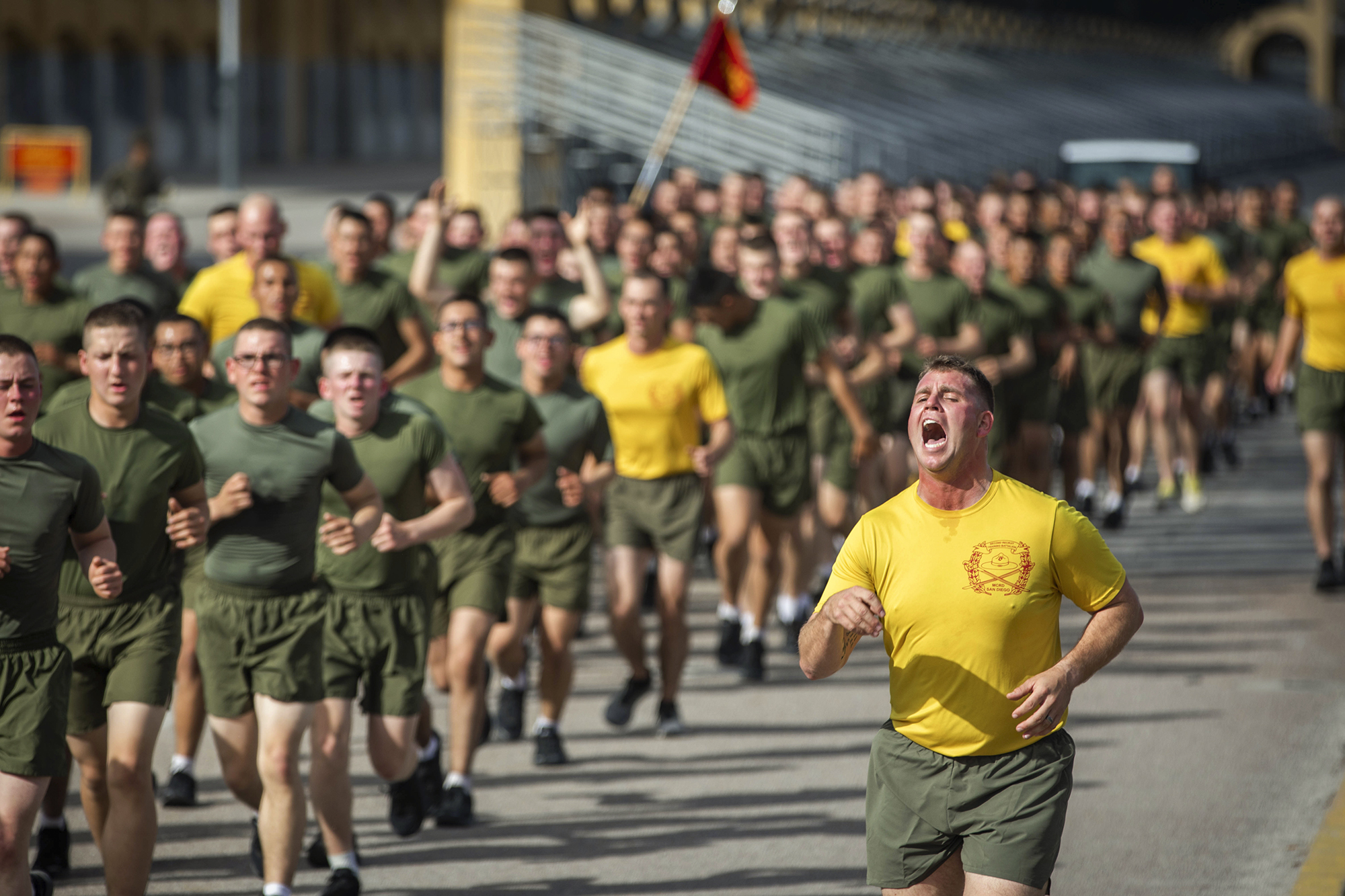 New Marines with Echo Company, 2nd Recruit Training Battalion, participate in a motivational run at Marine Corps Recruit Depot San Diego, Feb. 4, 2021. (Lance Cpl. Zachary T. Beatty/Marine Corps)