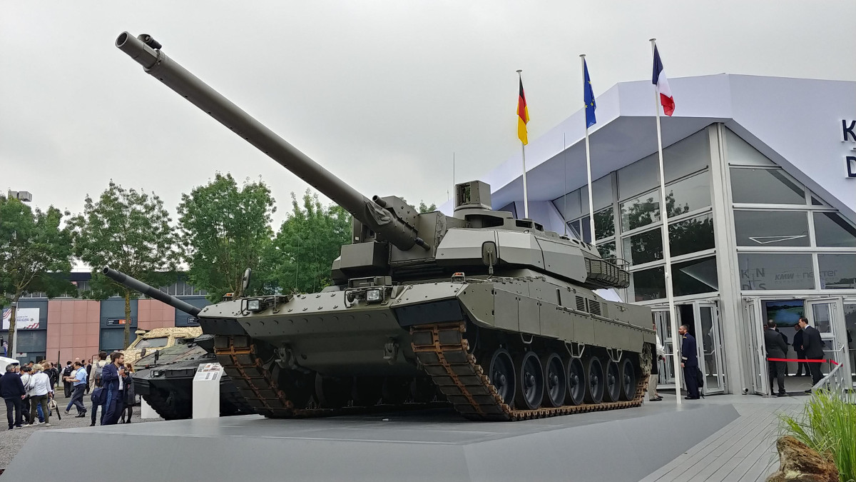 The Franco-German joint venture KNDS displayed its new European Main Battle Tank proposal, meant as precursor for the future Main Ground Combat System, at the 2018 Eurosatory exhibit in Paris on June 11, 2018.