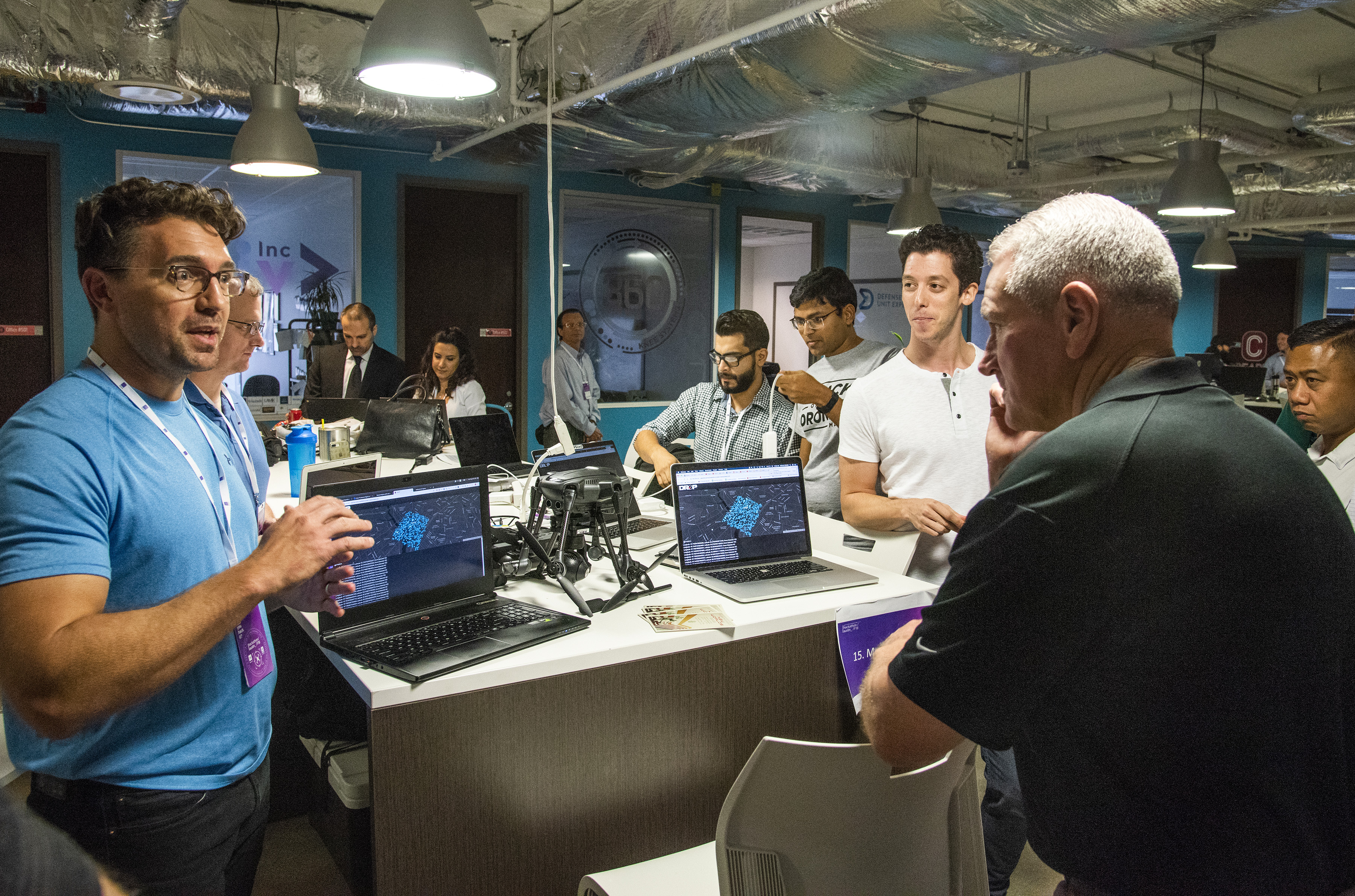 Gen. John Murray, right, the head of Army Futures Command, listens to innovators during a visit to Capital Factory in Austin, Texas, on Sept. 30, 2018. (Courtesy of the U.S. Army)