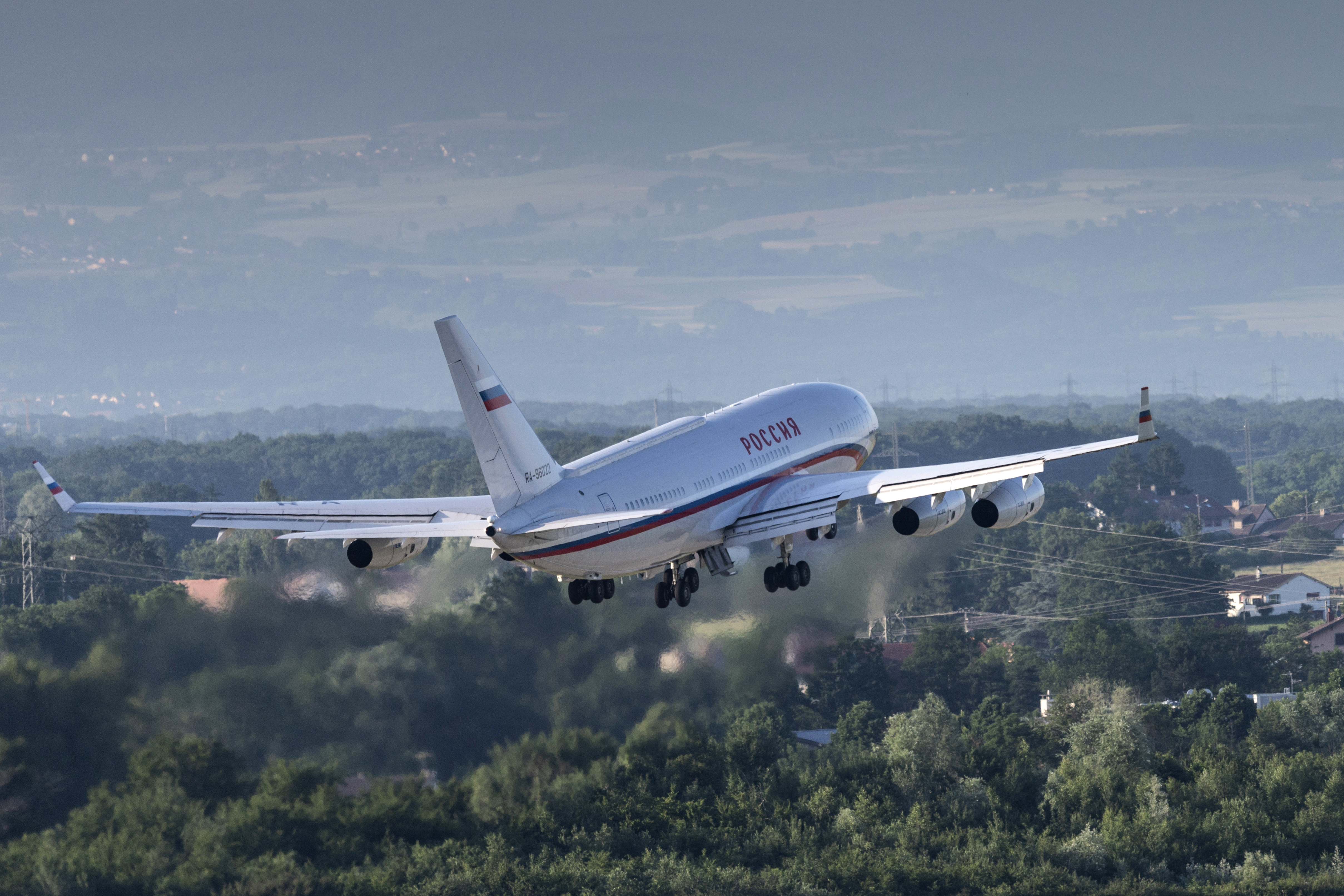 The presidential Ilyushin Il-96, believed to be carrying Russian President Vladimir Putin, takes off from Geneva Airport Cointrin following a U.S.-Russia summit on June 16, 2021. (Alessandro della Valle/Keystone via Getty Images)