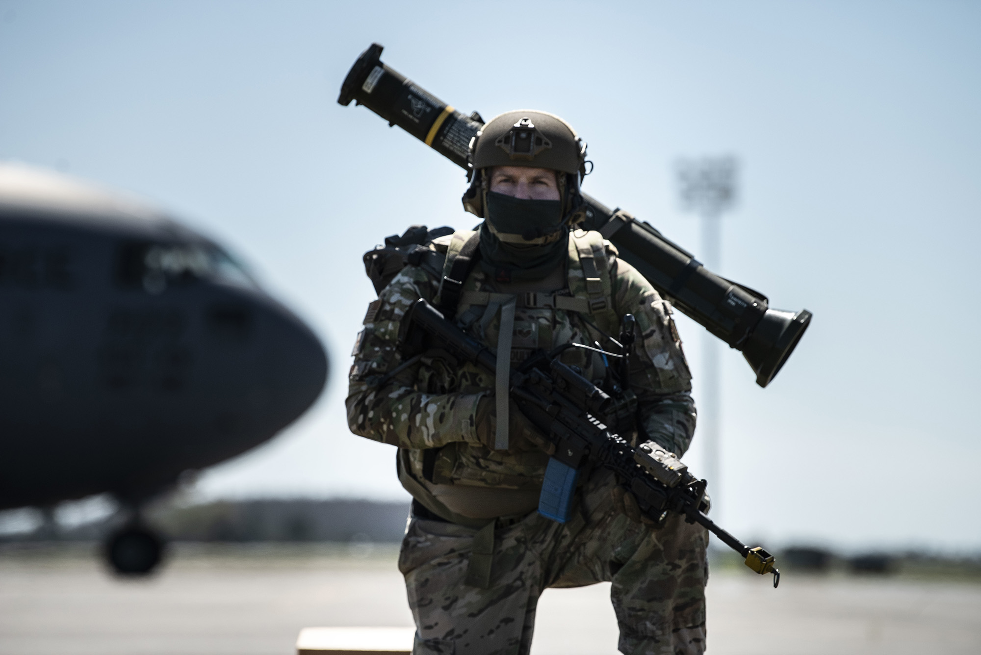 Staff Sgt. David Oulton scans the airfield for threats during exercise Mosaic Tiger Feb. 23, 2021, at Avon Park Air Force Range, Fla. (Staff Sgt. Carly E. Kavish/Air Force)