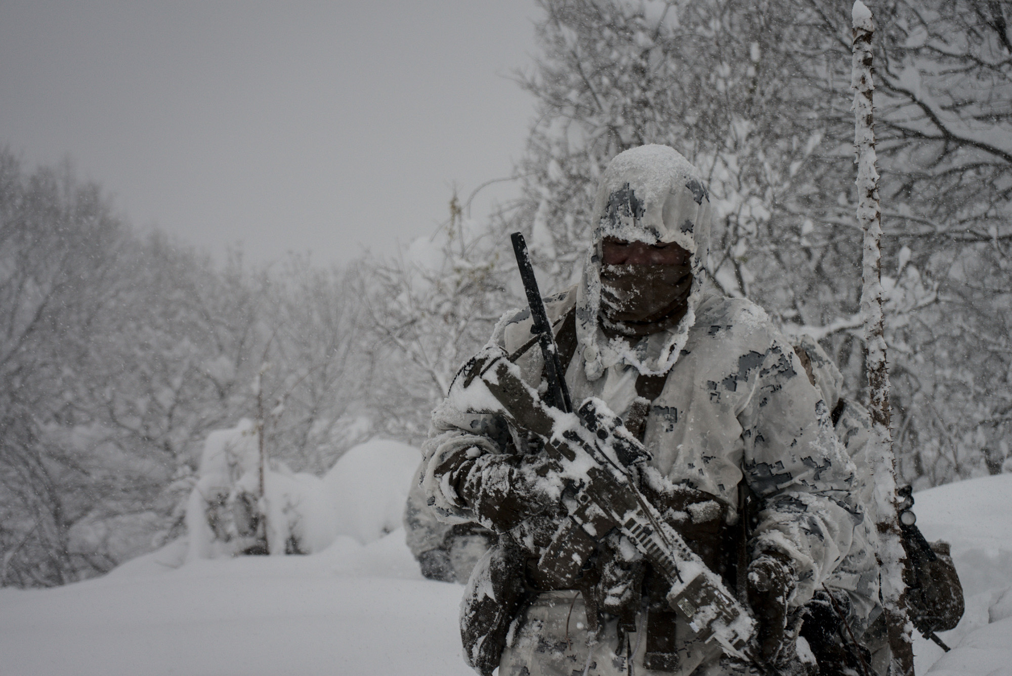 U.S. Marines conduct a combat patrol during exercise Forest Light on mainland Japan, Dec. 16, 2020. (Capt. Nicholas Royer/Marine Corps)