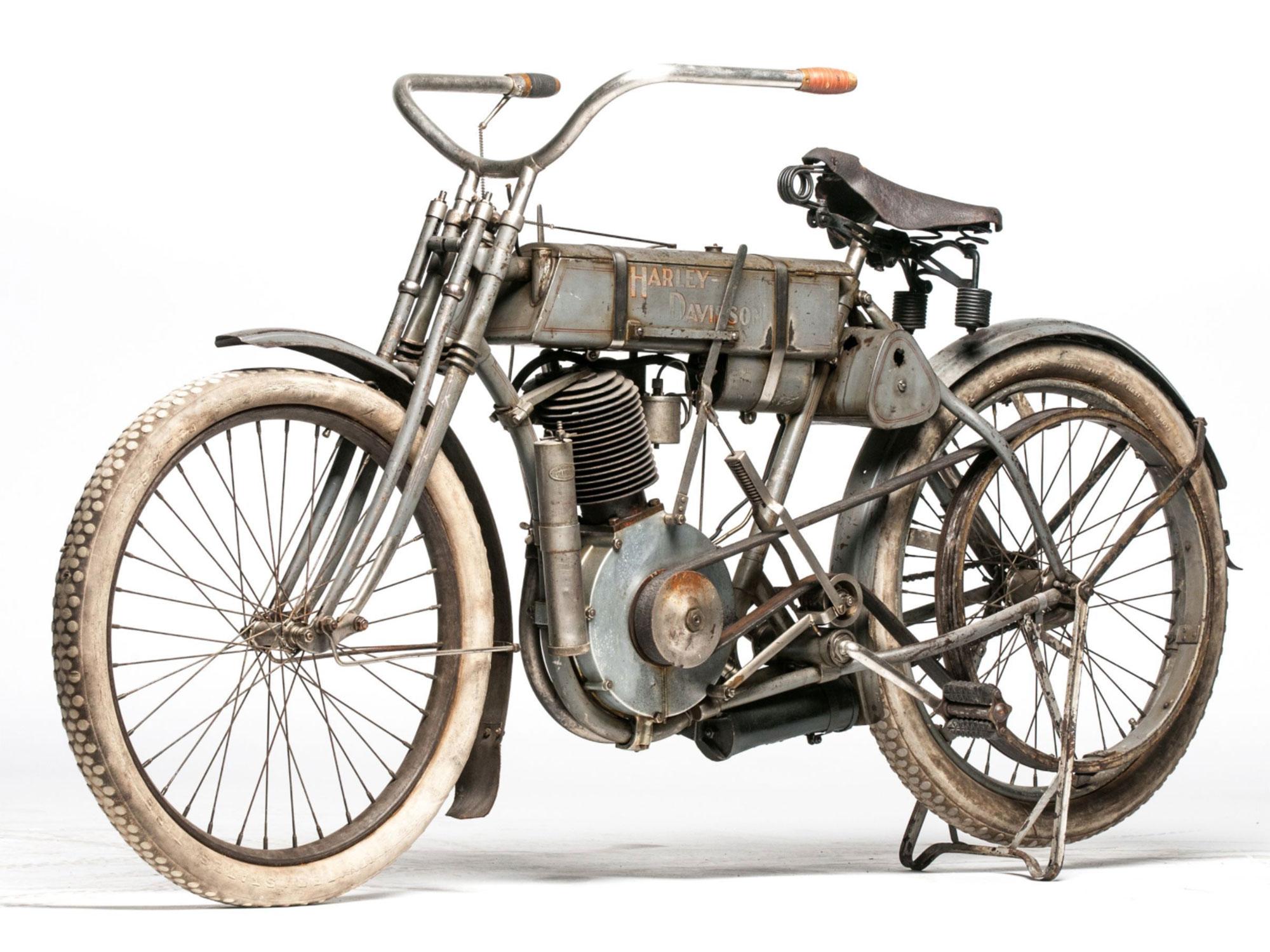 "1907 Harley-Davidson ""Strap Tank"""