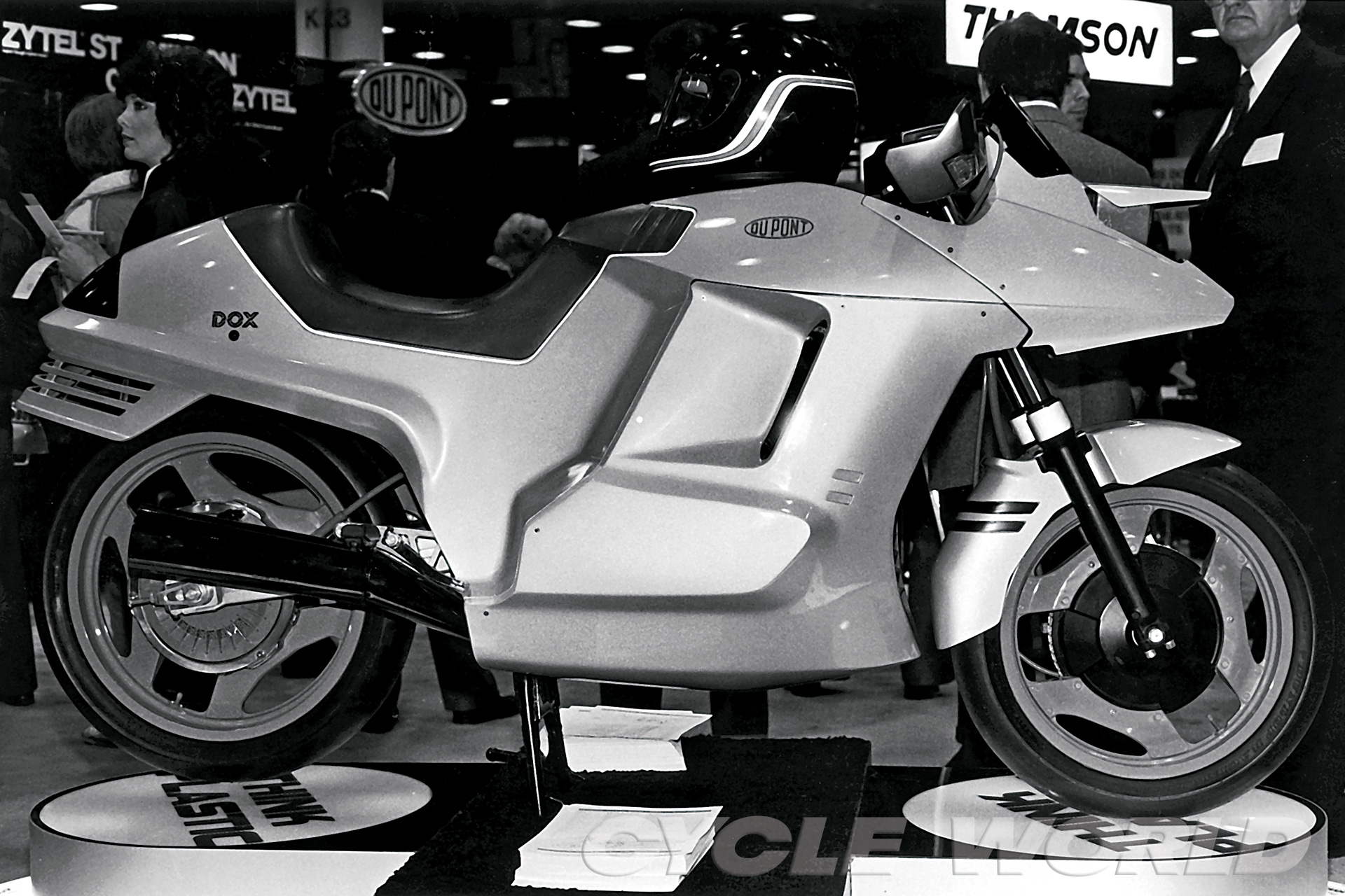 DuPont's concept motorcycle