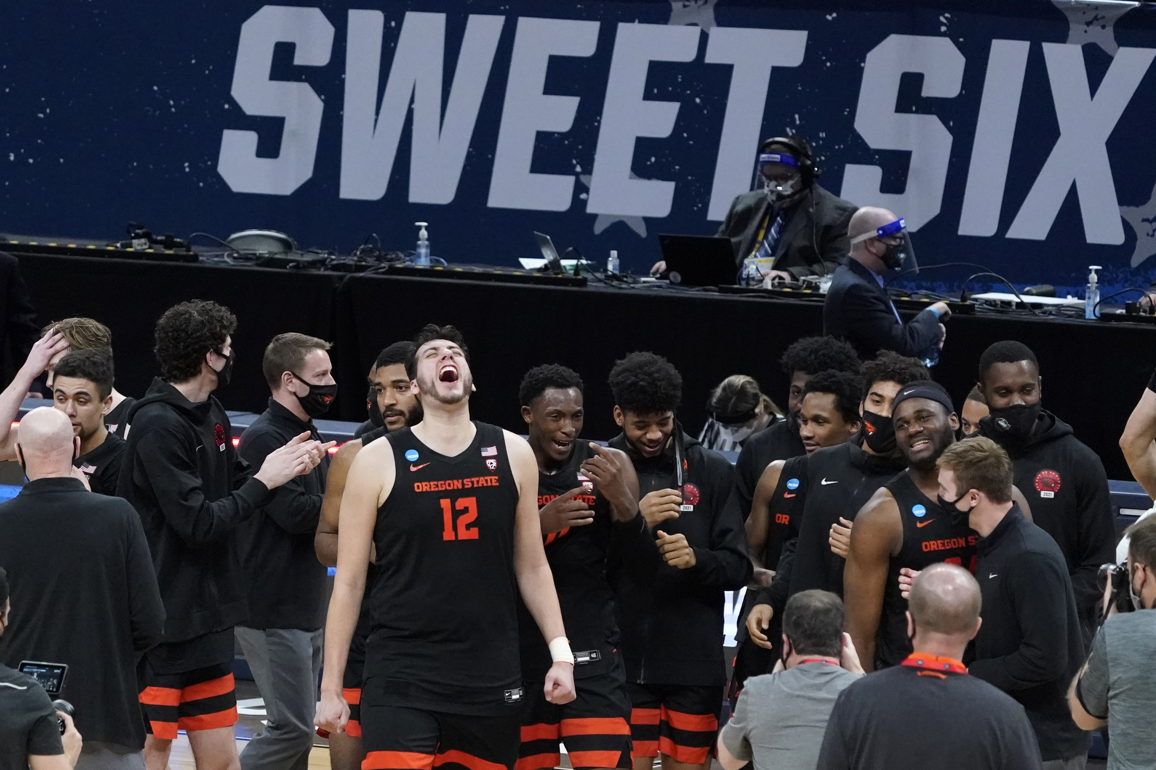 Oregon State basketball Elite Eight bound after 65-58 win over Loyola Chicago
