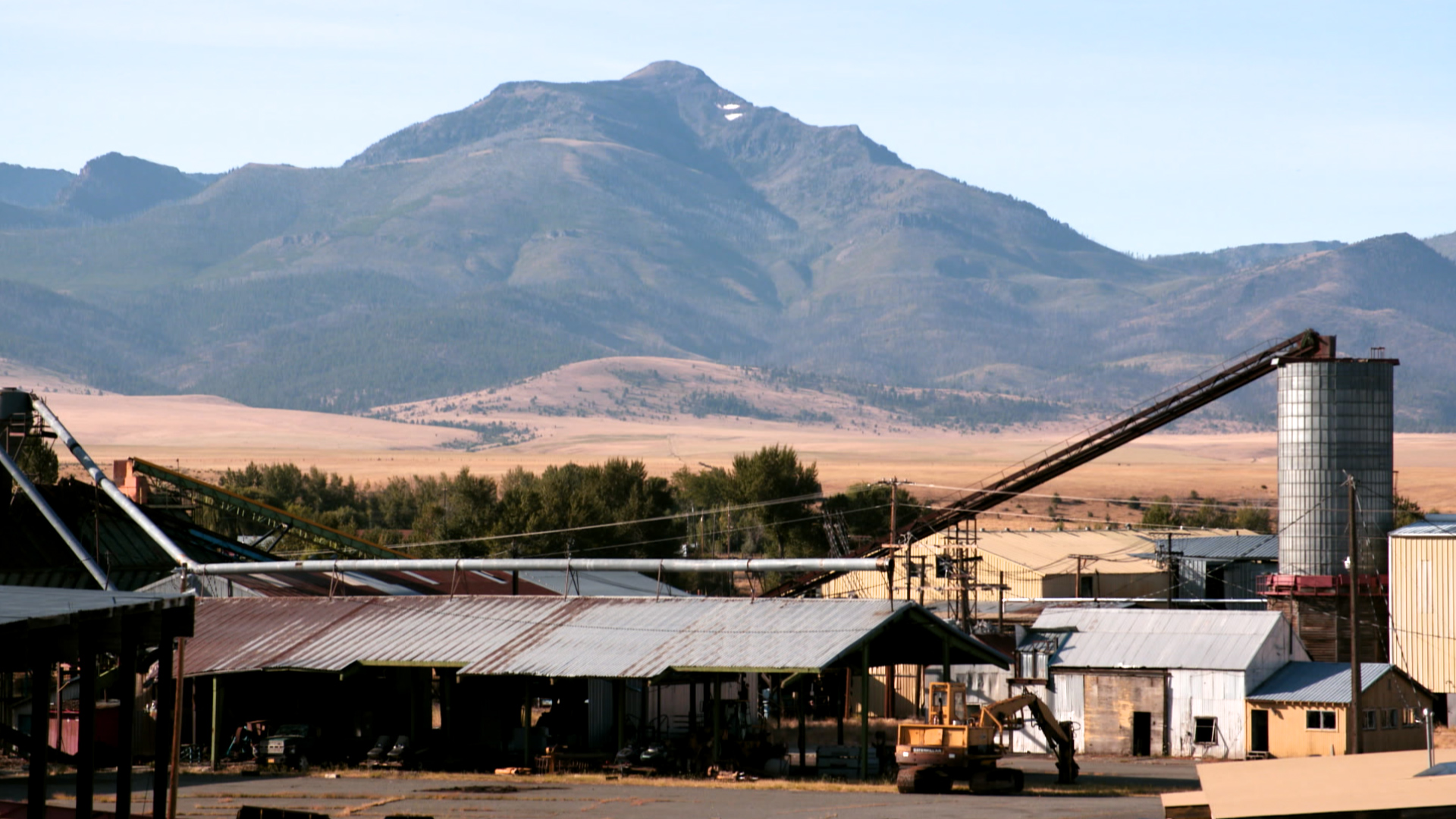 There were once dozens of sawmills in eastern Oregon. Now there are only a handful. The Prairie Wood Products Mill in Prairie City was one of the last to shut down, which it did in 2008 as a result of the housing market collapse and limited timber supplies.