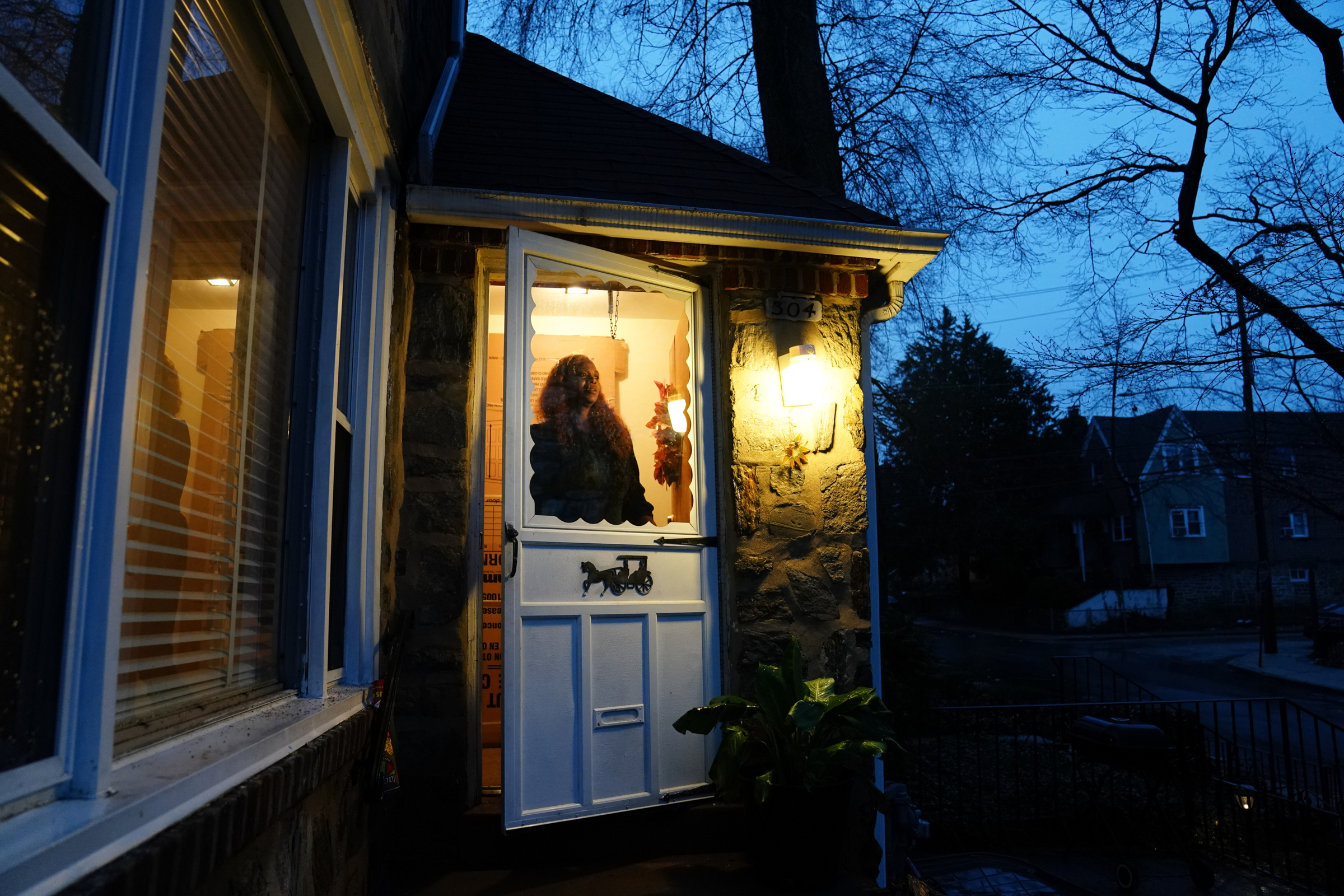 Morkea Spellman, in the doorway of her home in Philadelphia, said that detectives eager to close the case and lock up her daughter failed to look at all the evidence.