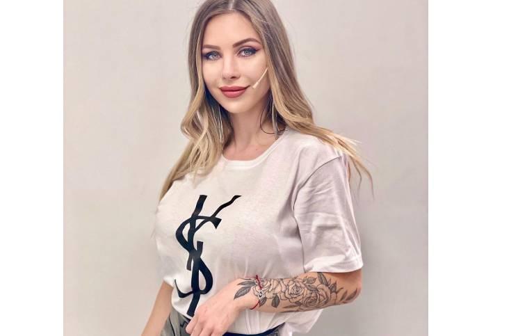 """Romina Malaspina daba una entrevista y su colección de zapatos sorprendió: """"Te mudaste a una zapatería"""""""