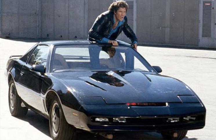 David Hasselhoff subasta el auto fantástico y otros artículos de su carrera
