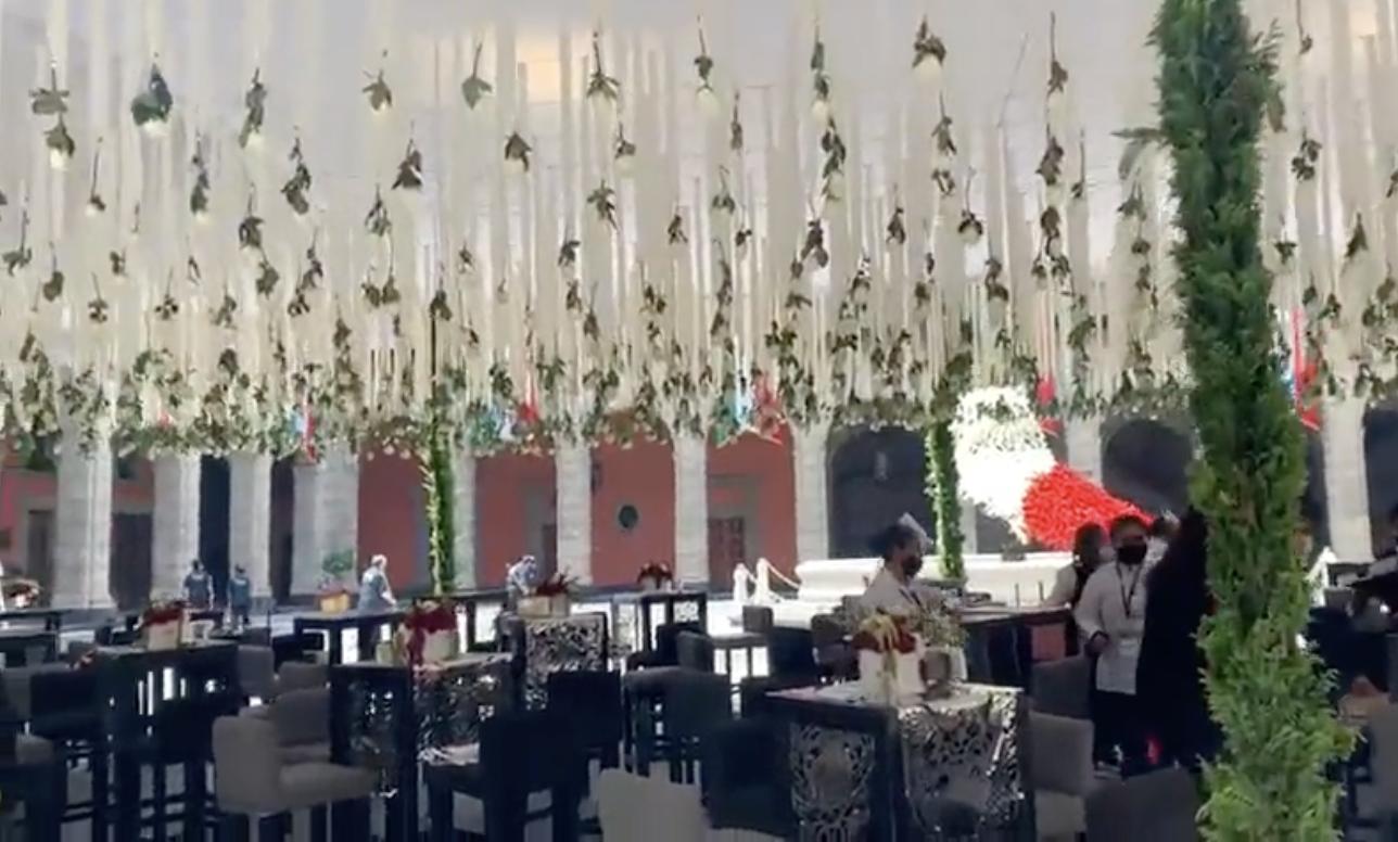 """Revelan video de """"lujosa"""" fiesta en Palacio Nacional por la Consumación de la Independencia"""