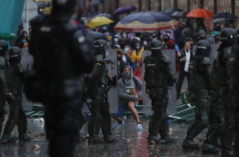 Investigan posible suicidio de joven tras sufrir presunto abuso sexual por  parte del Esmad en Popayán