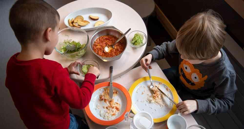 """Hay una epidemia que está agravando el coronavirus y es que comemos comida  de baja calidad"""""""