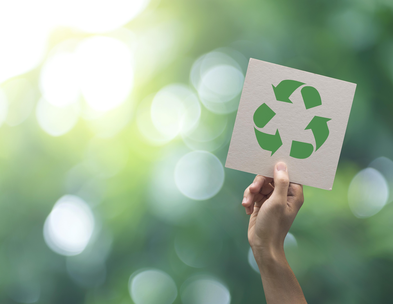 Reducir la huella de carbono y compensar las emisiones son algunos de los compromisos de la industria alimentaria.
