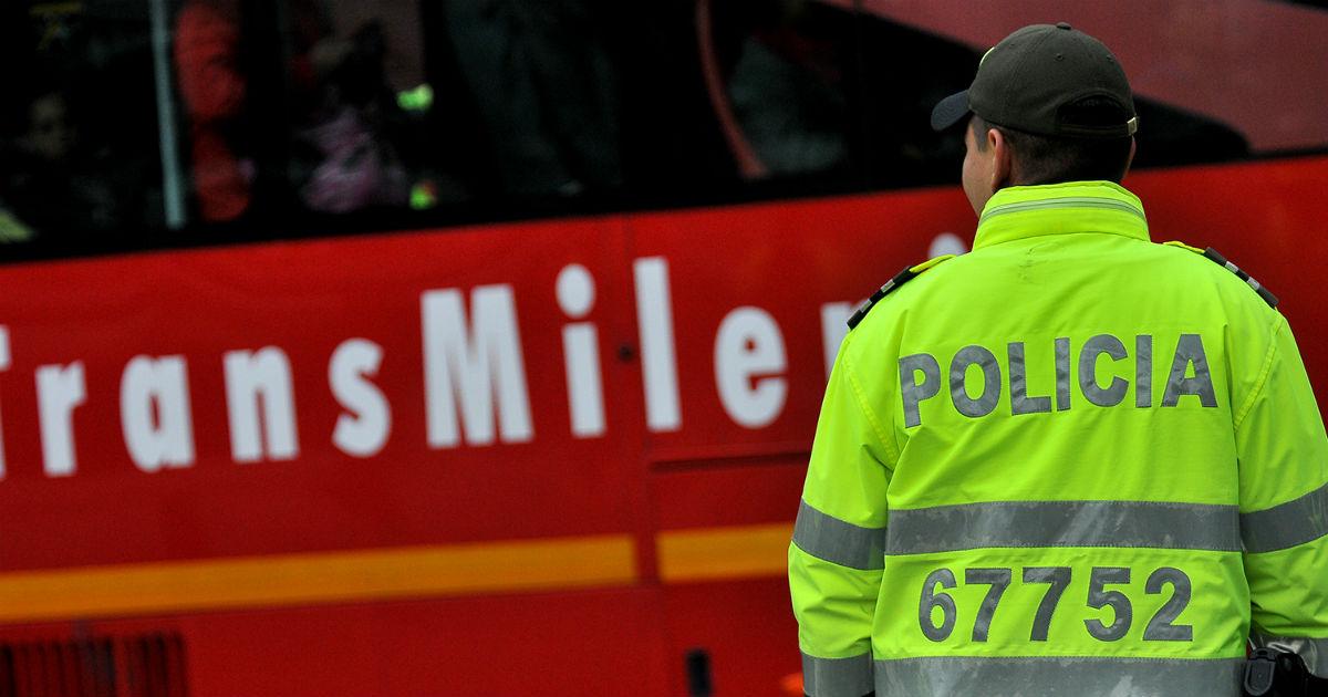 Policía sancionó a 225 personas por colarse en Transmilenio