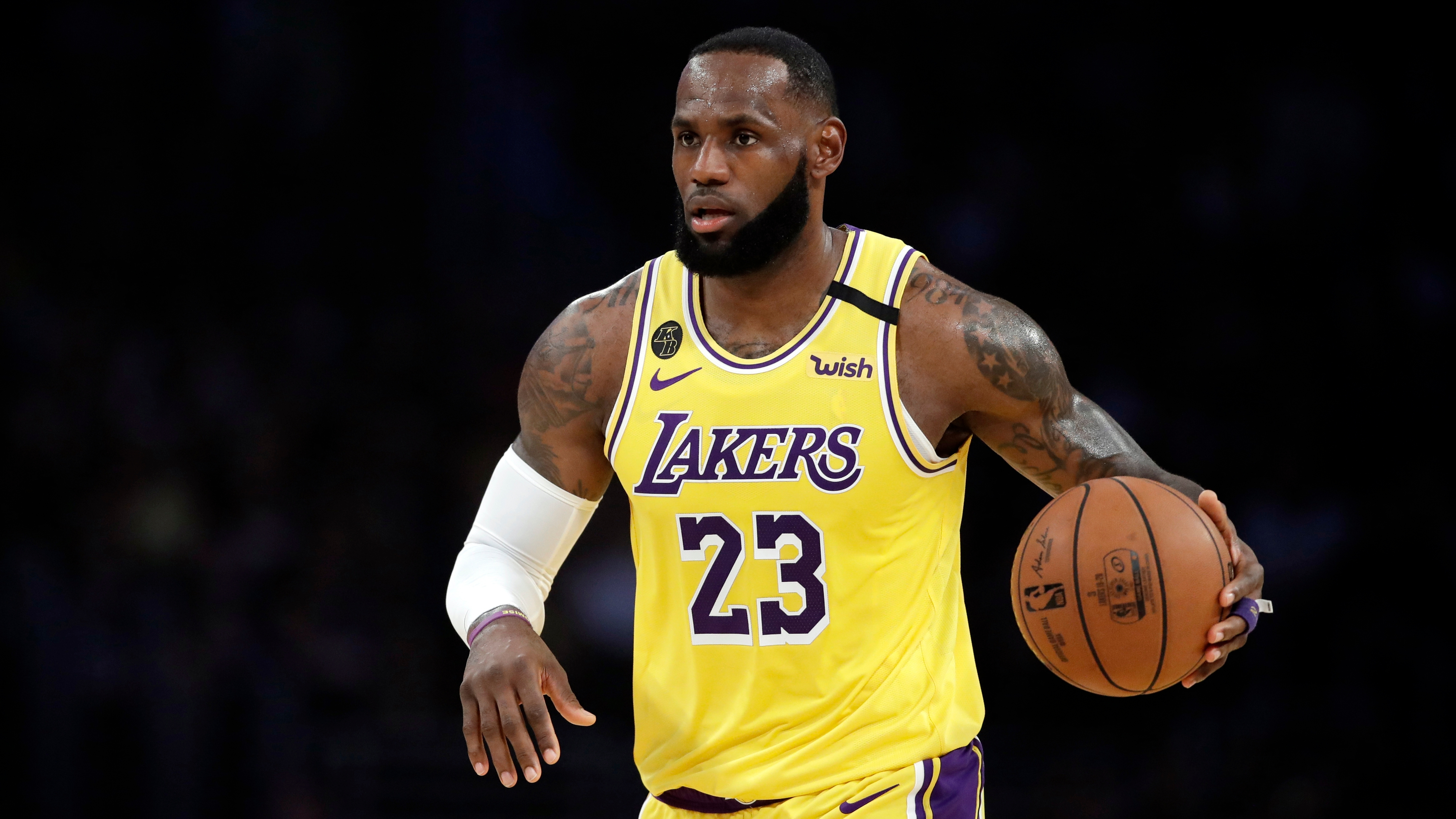 Los Angeles Lakers LeBron James won't wear social justice message on Lakers jersey