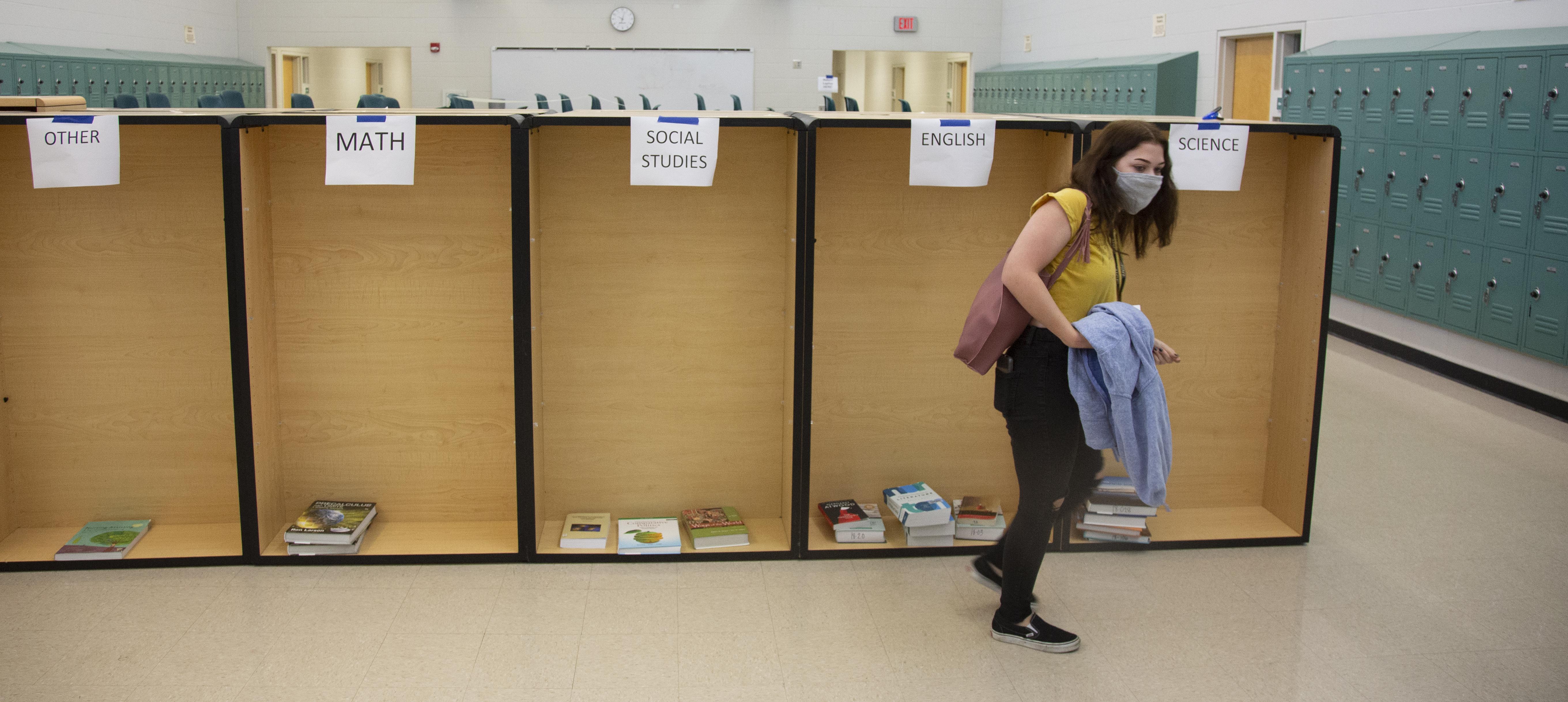 Coronavirus Still Looms Large Over Florida Schools