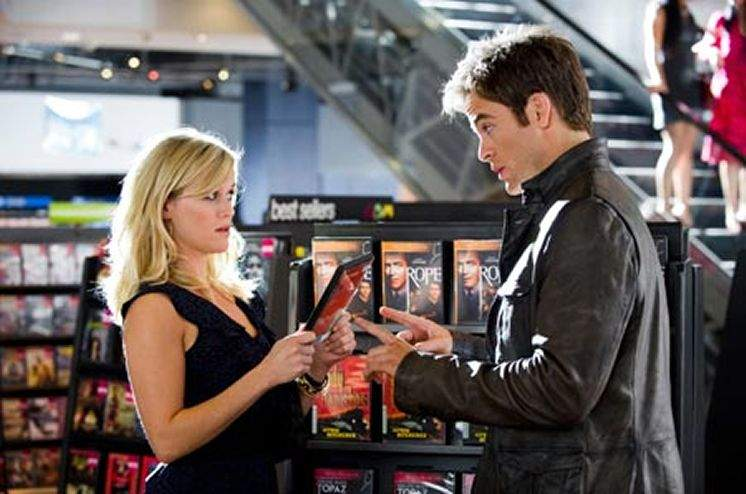 Review: Romantic comedy-action flick hybrid 'This Means War' is a mediocre  misfire
